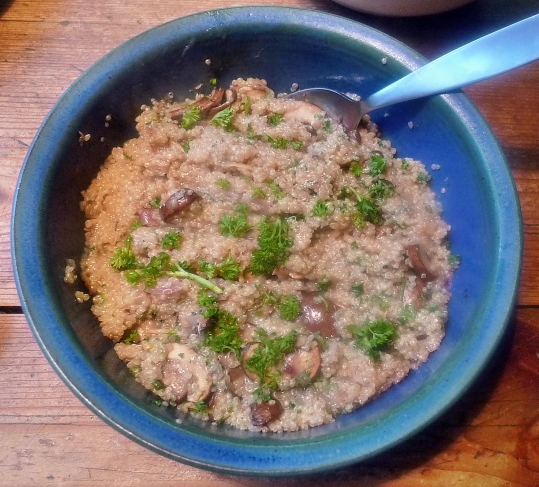 Quinoarisotto mit Pilzen--grüner Spargel-Salat-29.5.2014 (5)