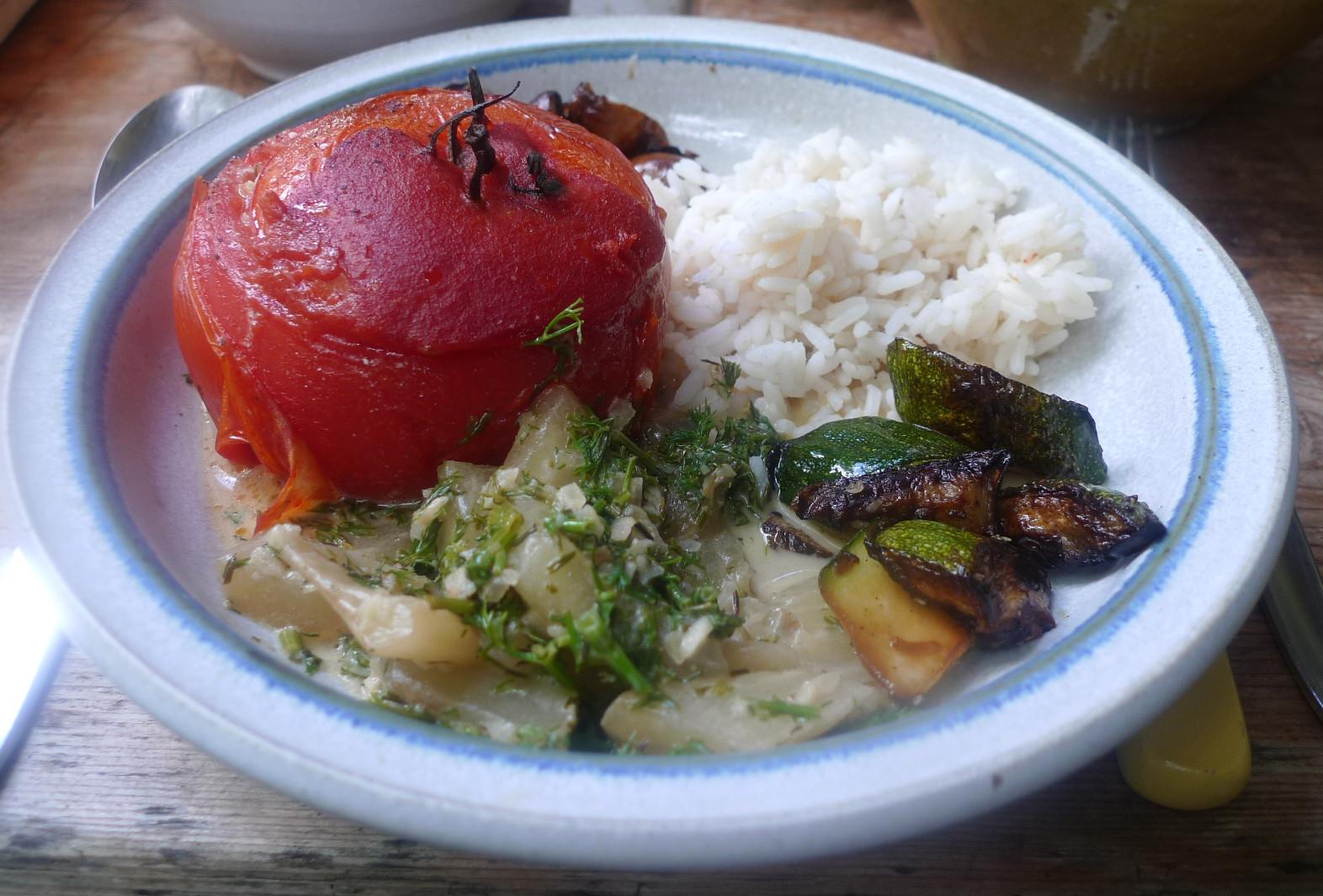 Gefüllte Tomaten,Gurkengemüse,Champignon,Zucchini,Reis-24.7.14   (14)