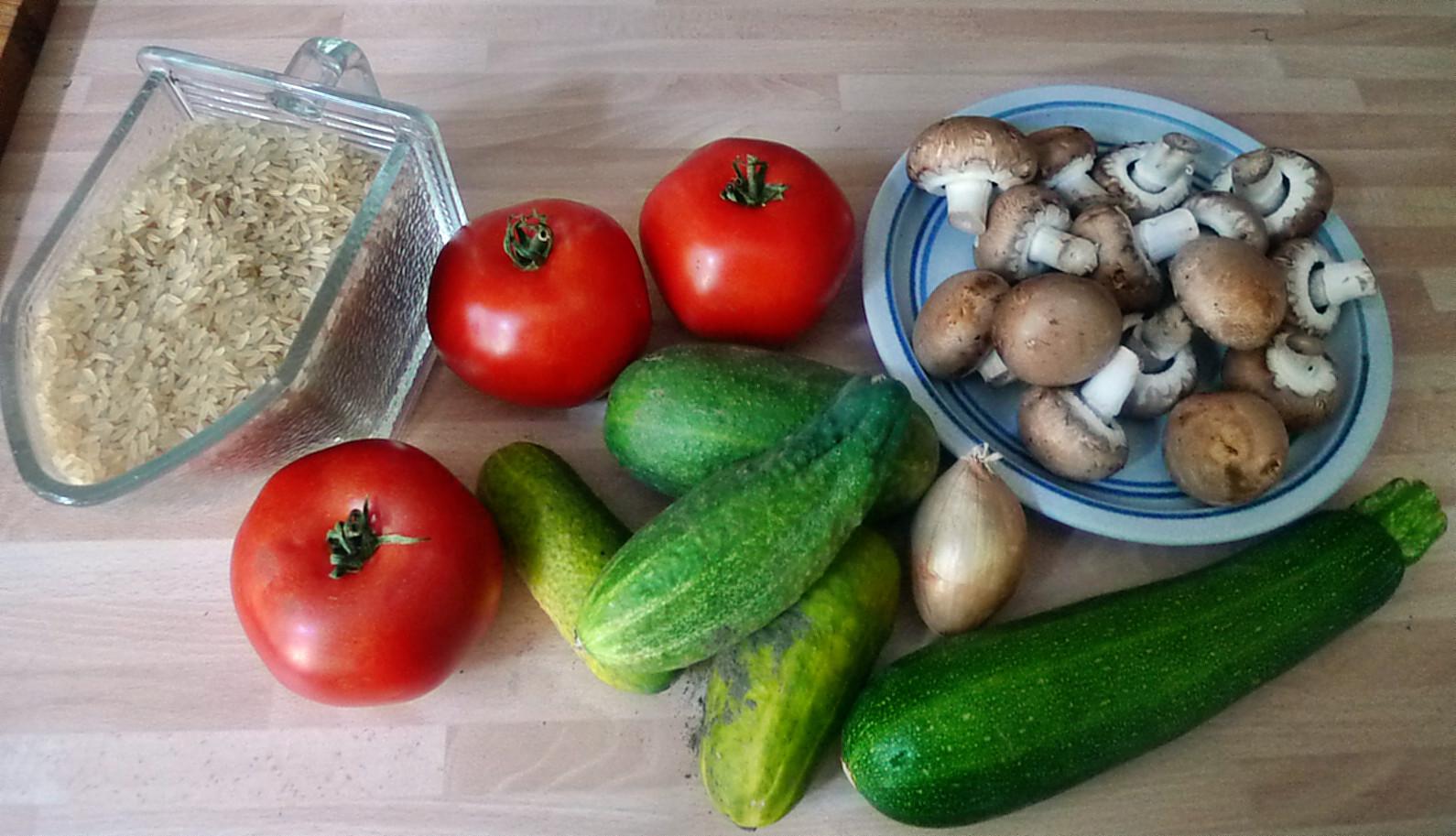 Gefüllte Tomaten,Gurkengemüse,Champignon,Zucchini,Reis-24.7.14   (2)