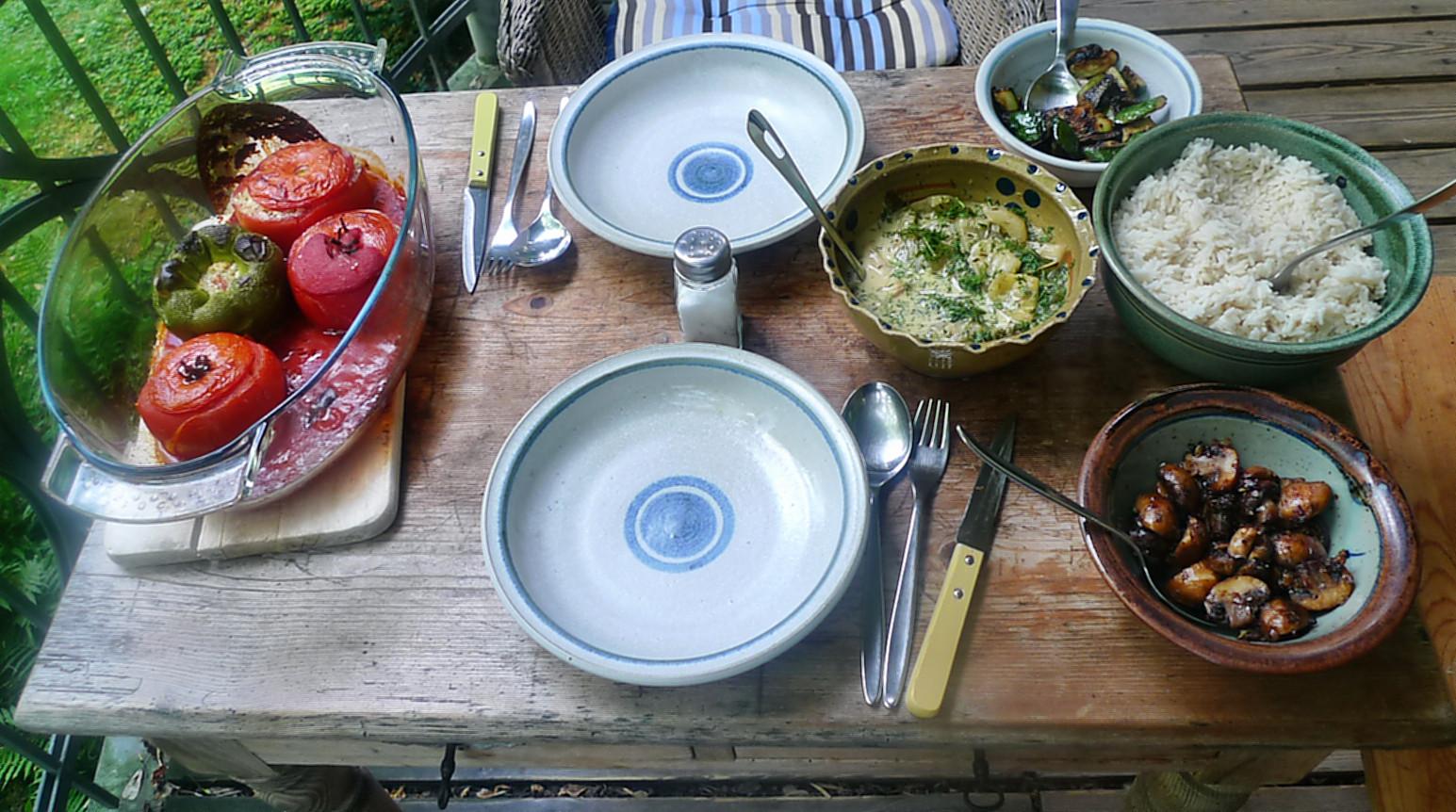 Gefüllte Tomaten,Gurkengemüse,Champignon,Zucchini,Reis-24.7.14   (9)