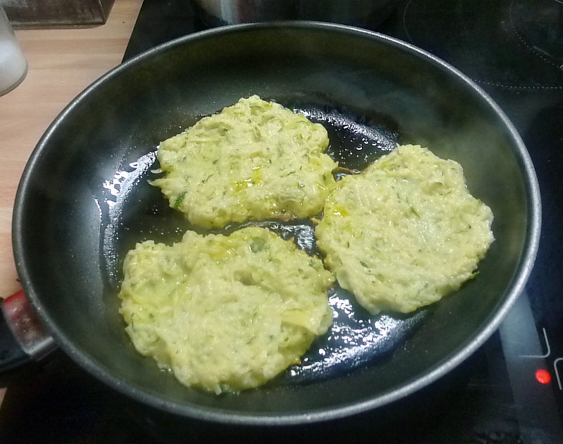 Zucchini-Kartoffelpuffer-26.7.14   (6)