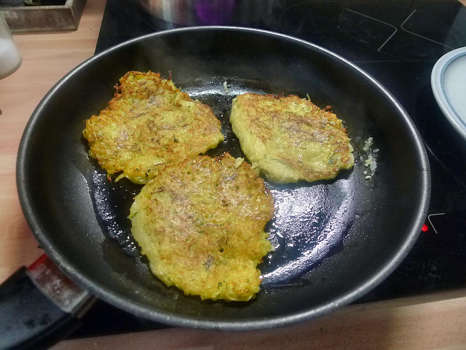 Zucchini-Kartoffelpuffer-26.7.14   (8)