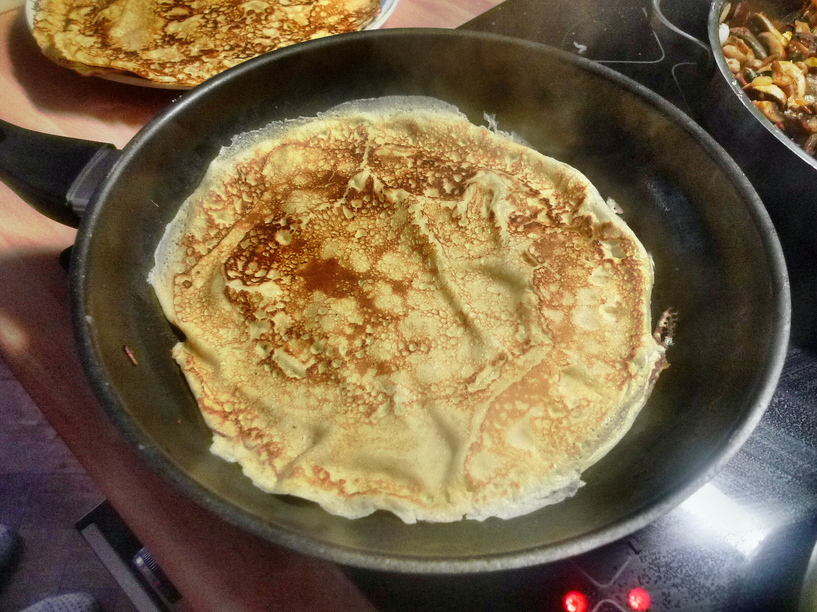 Crepe-Pilze-Salate-24.8.14   (12)