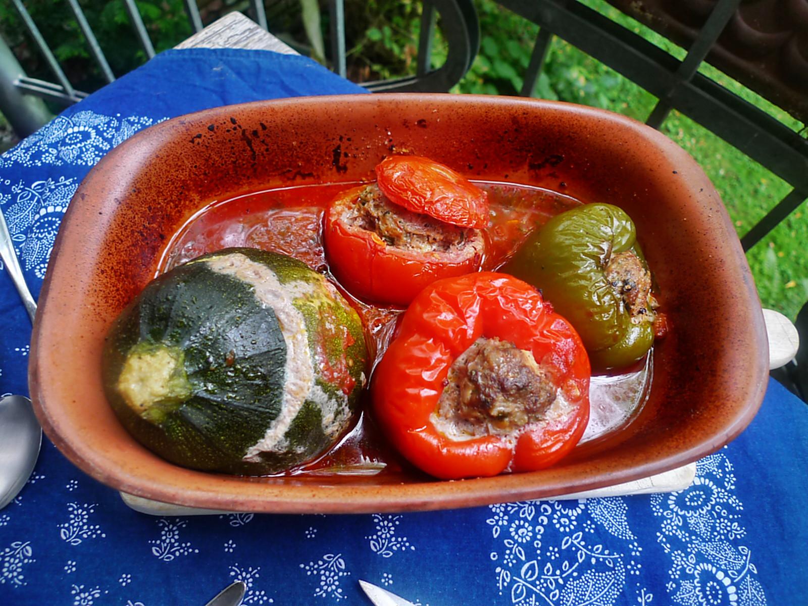 gefüllte Zucchini und Paprika-7.8.14  (16)