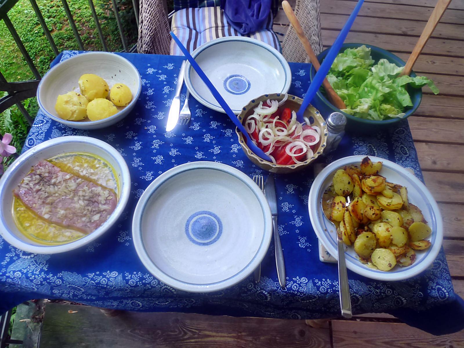 Sülze-Matjes-Bratkartiffel-Salate-12.8 (6)