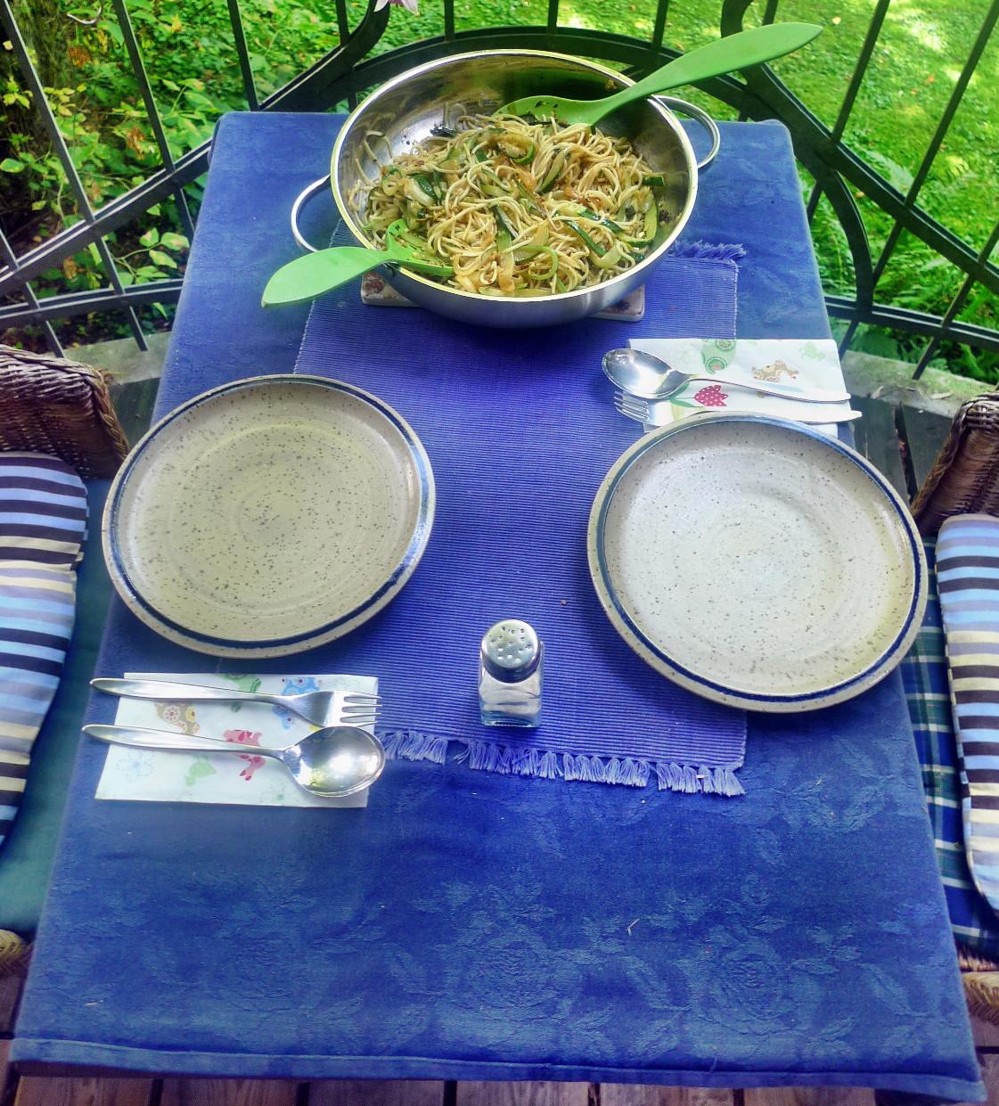 Spaghetti-Zucchinipfanne-27.8.14   (8)