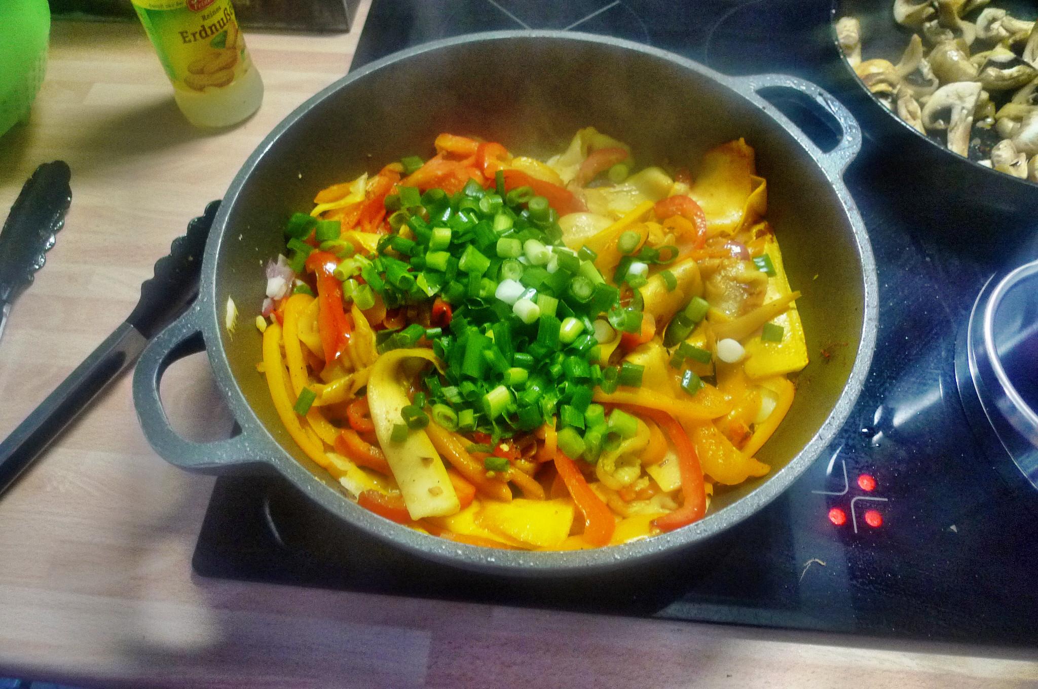 Gemüse-Nudelpfanne - 16.9.14   (9)