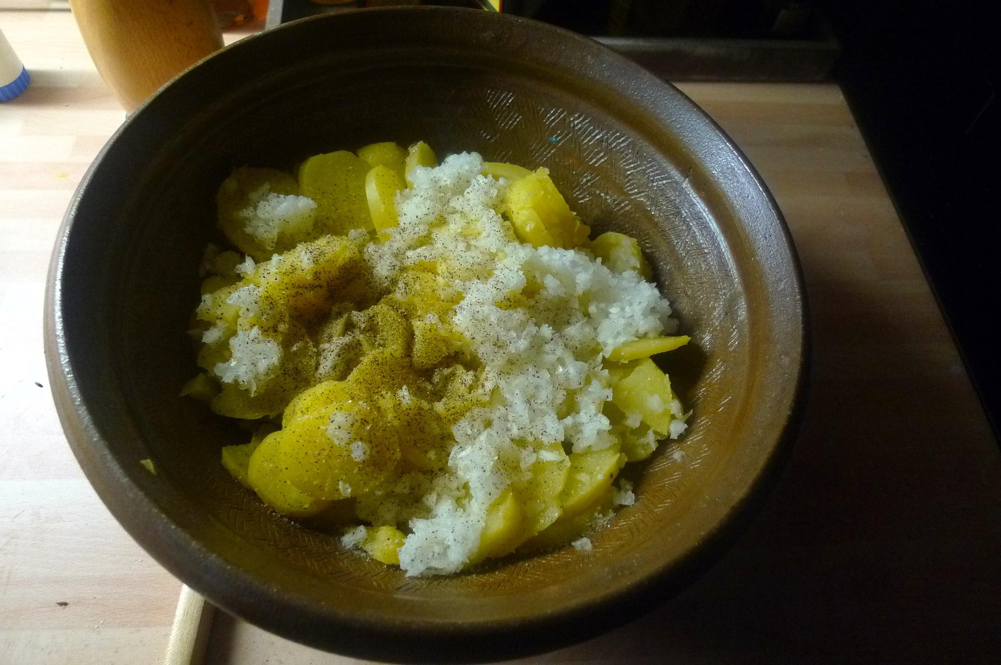 Kartoffelsaöat-Gurkensalat-5.9.14   (1a)
