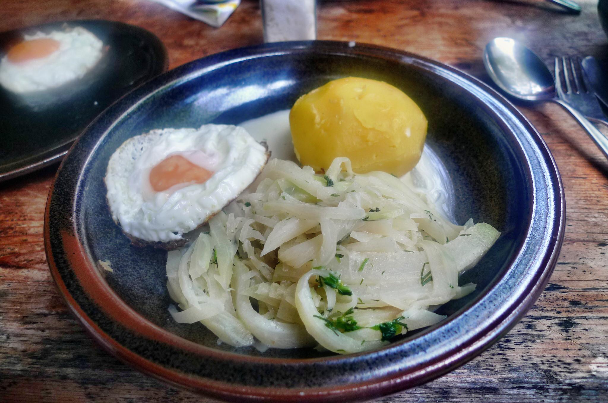 Kohlrabigemüse,Spiegelei,Kartoffel -18.9.14   (7)