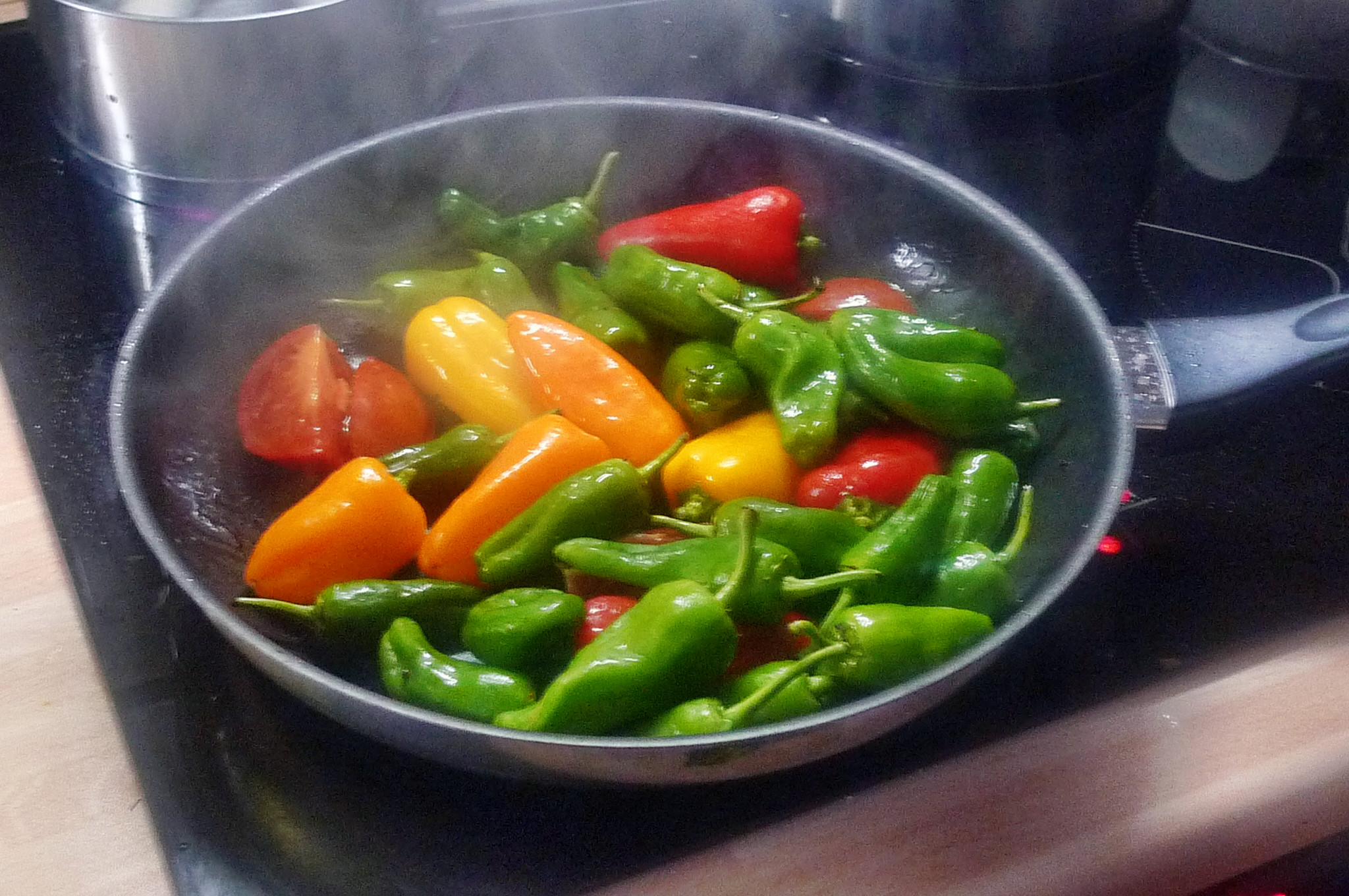Pimentos-Paprika-Kartoffel-Salat-Buttermilch- 28.9.14   (4)