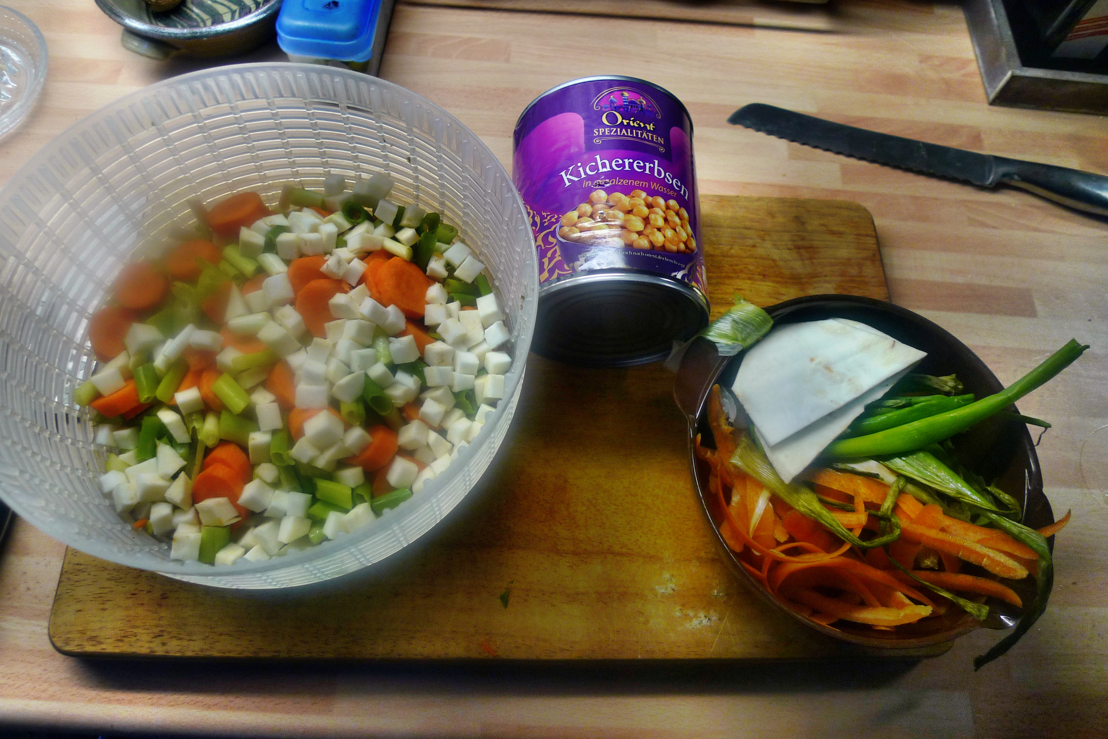 Gemüsesuppe mit Kichererbsen- vegan- 16.10.14   (11)