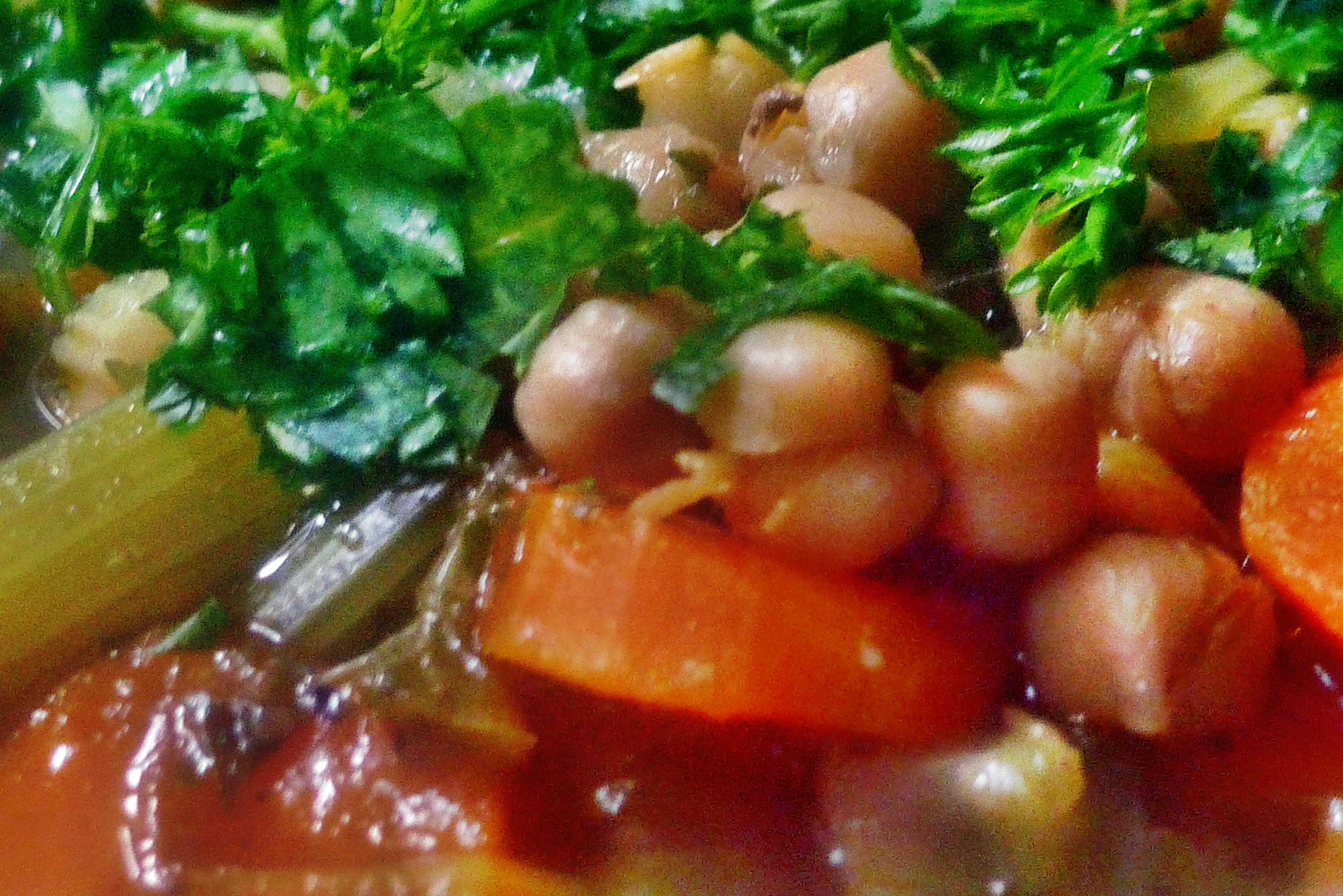 Gemüsesuppe mit Kichererbsen- vegan- 16.10.14   (19)