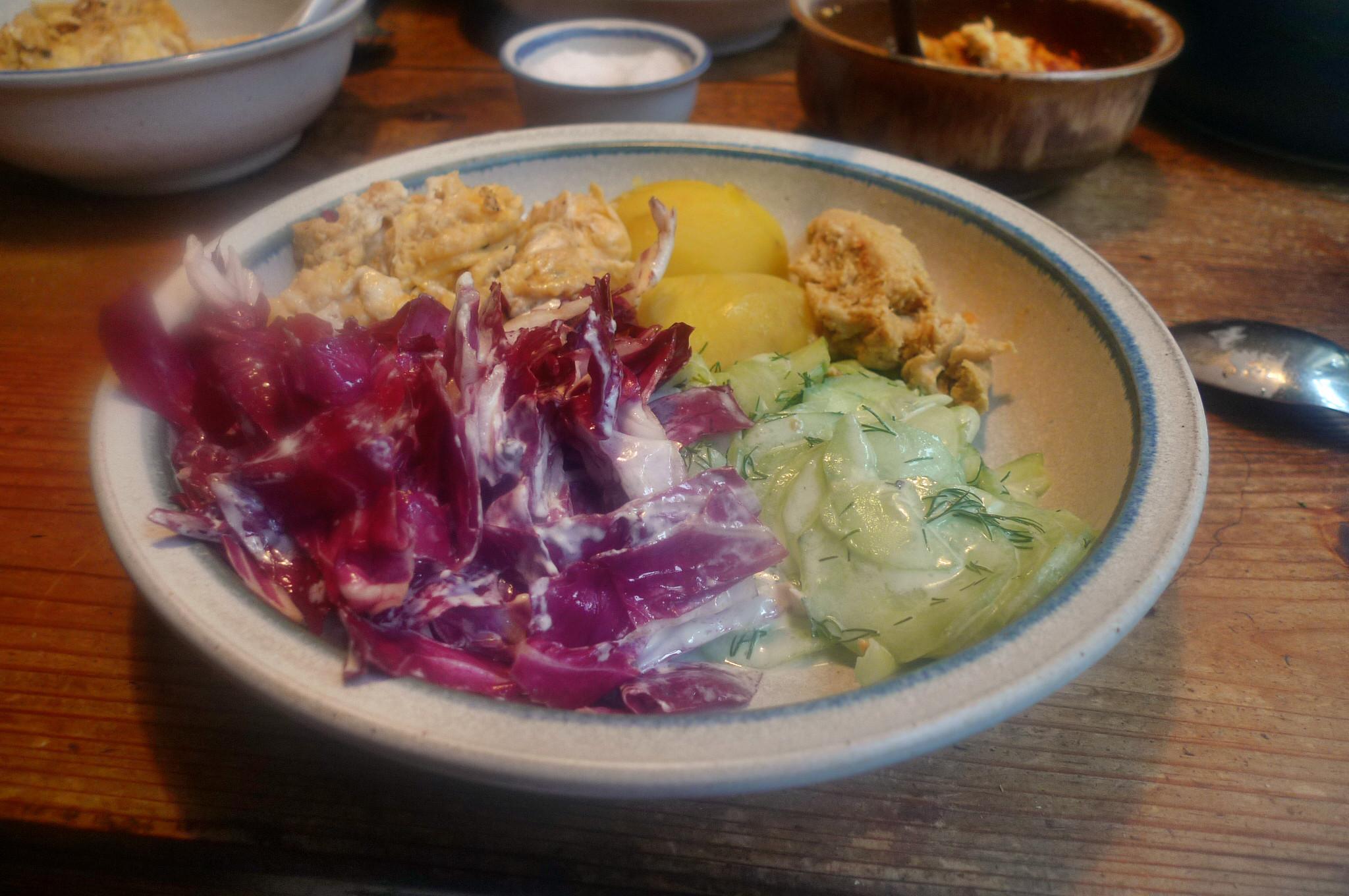Kartoffel,Rührei,Salate,Humus -17.10.14   (8)
