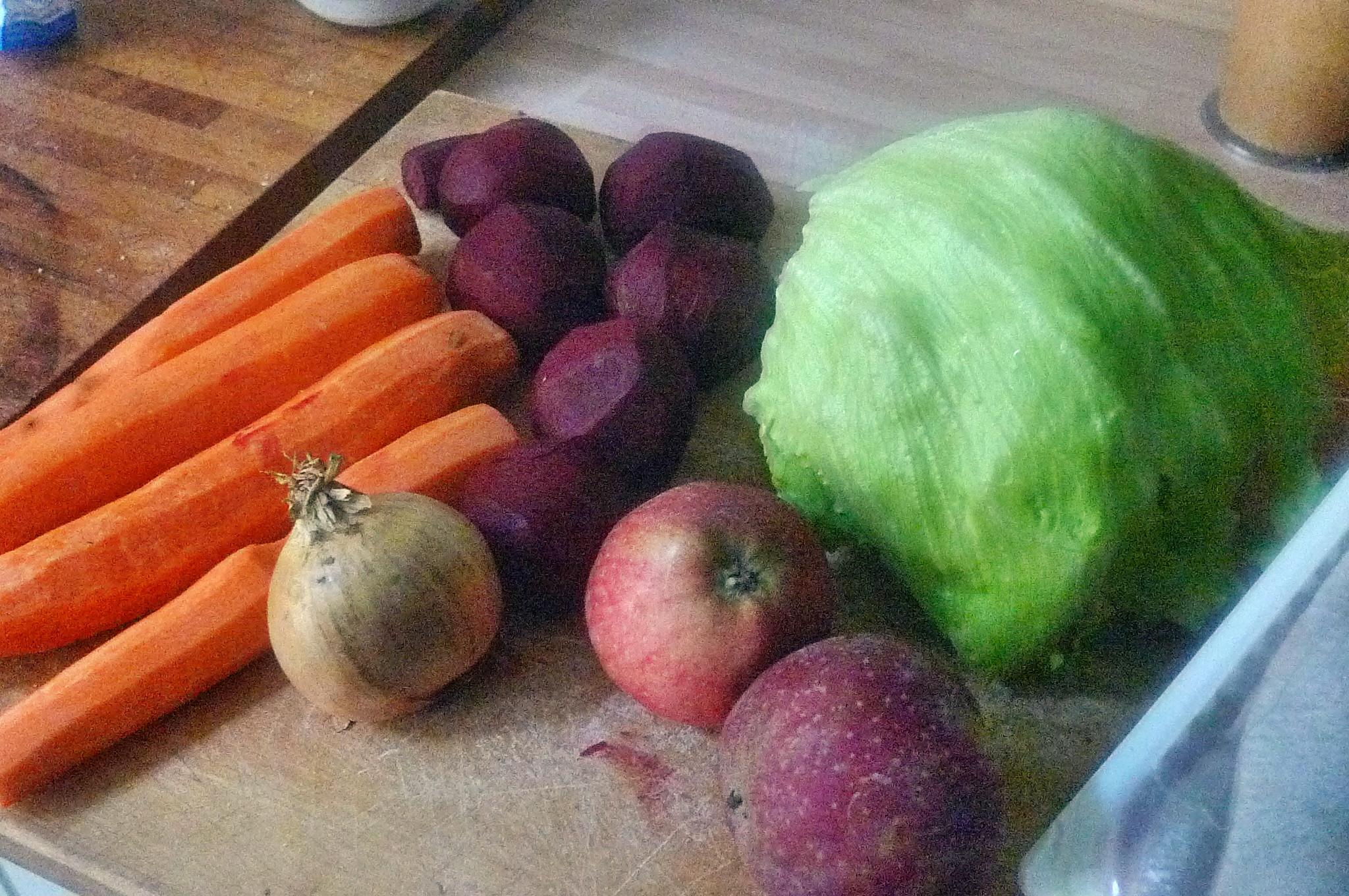 Matjes,Rote Beete,Möhrensalat,Eisberg,Kartoffel - 5.10.14   (2)