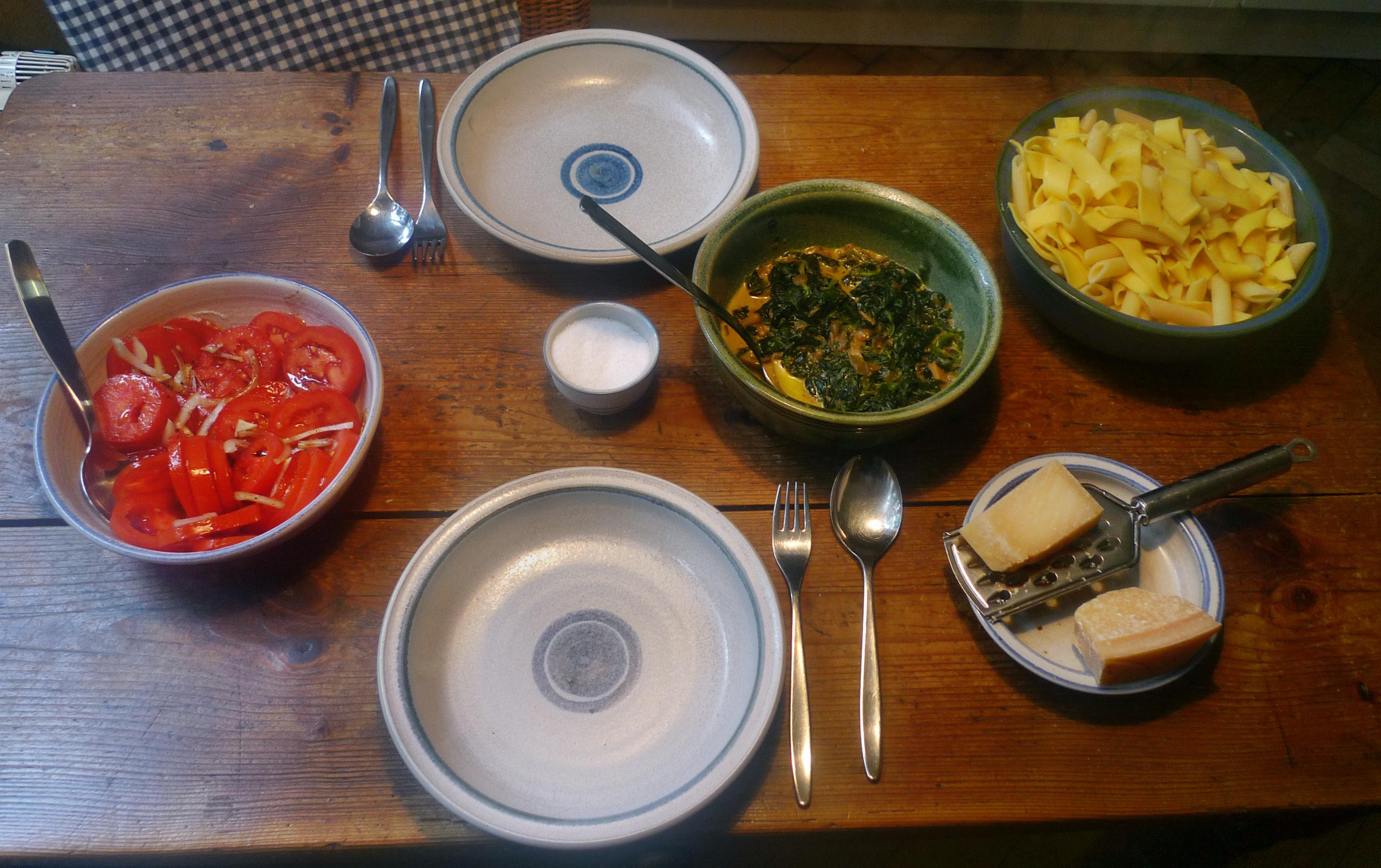 Spinat mit Nudeln-Apfel im Schlafrock -25.10.14   (17)