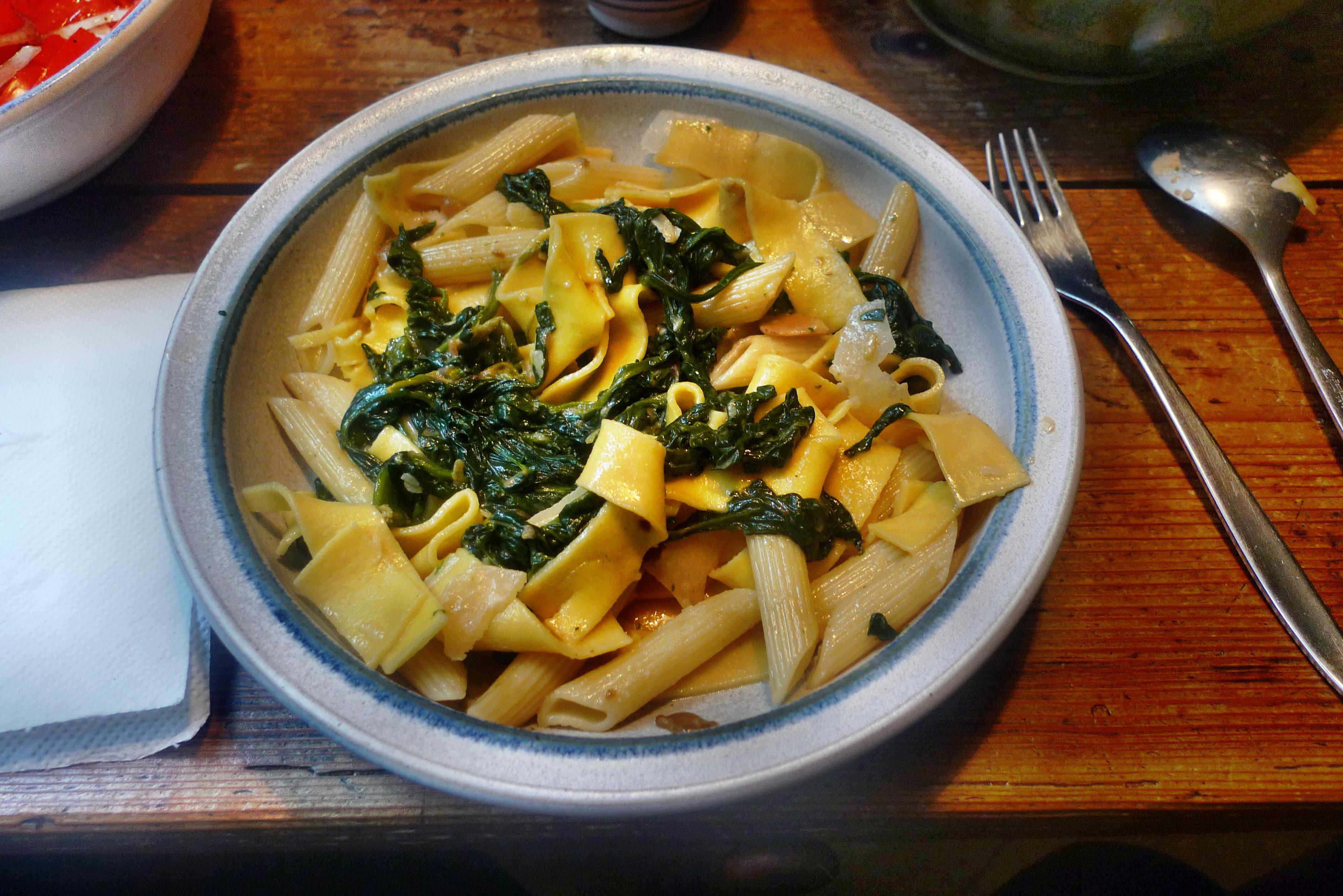 Spinat mit Nudeln-Apfel im Schlafrock -25.10.14   (25)