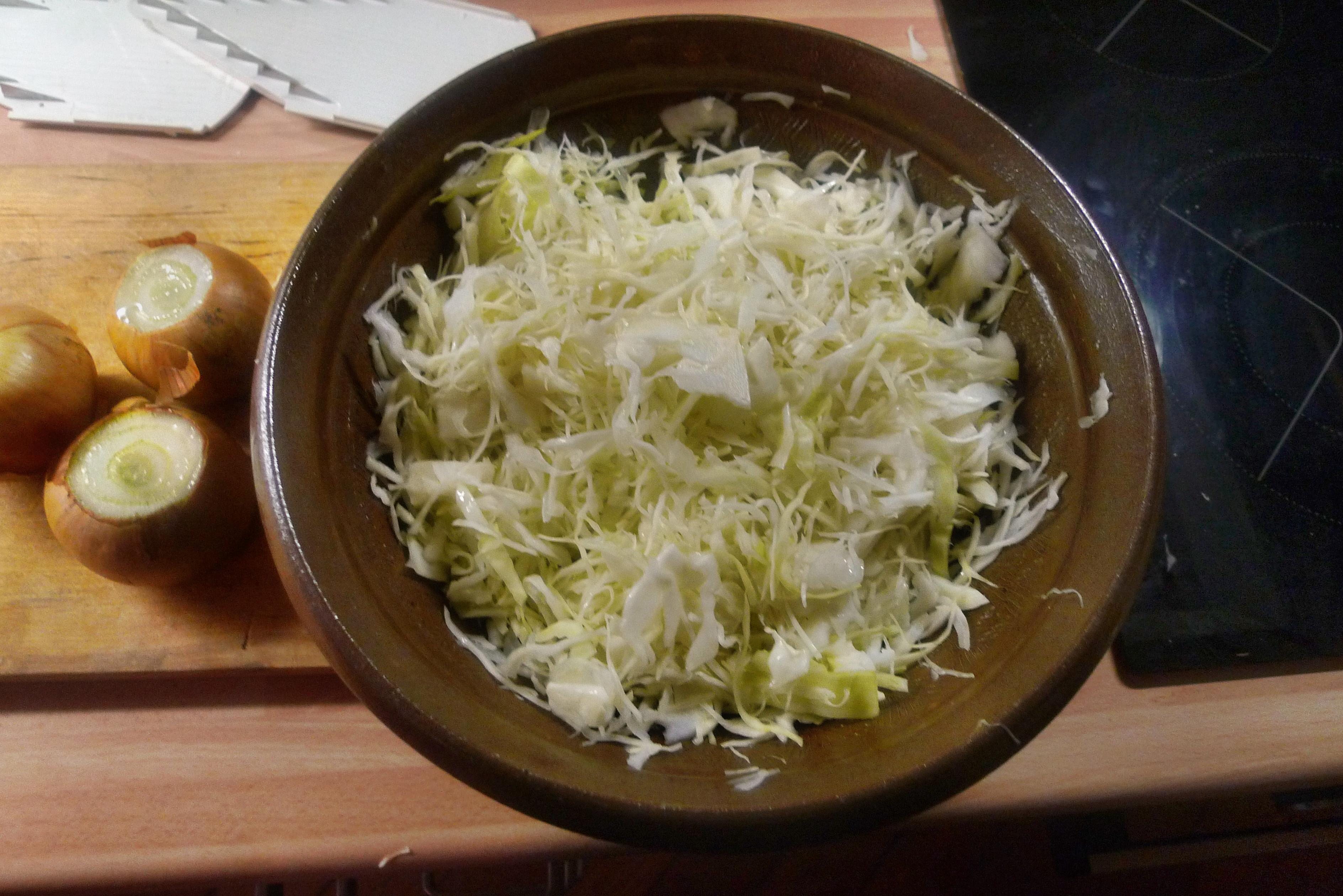 Zwiebelsoße,Kartoffelbrei,Krautsalat,Birnenkompott - 11.10.14   (4)