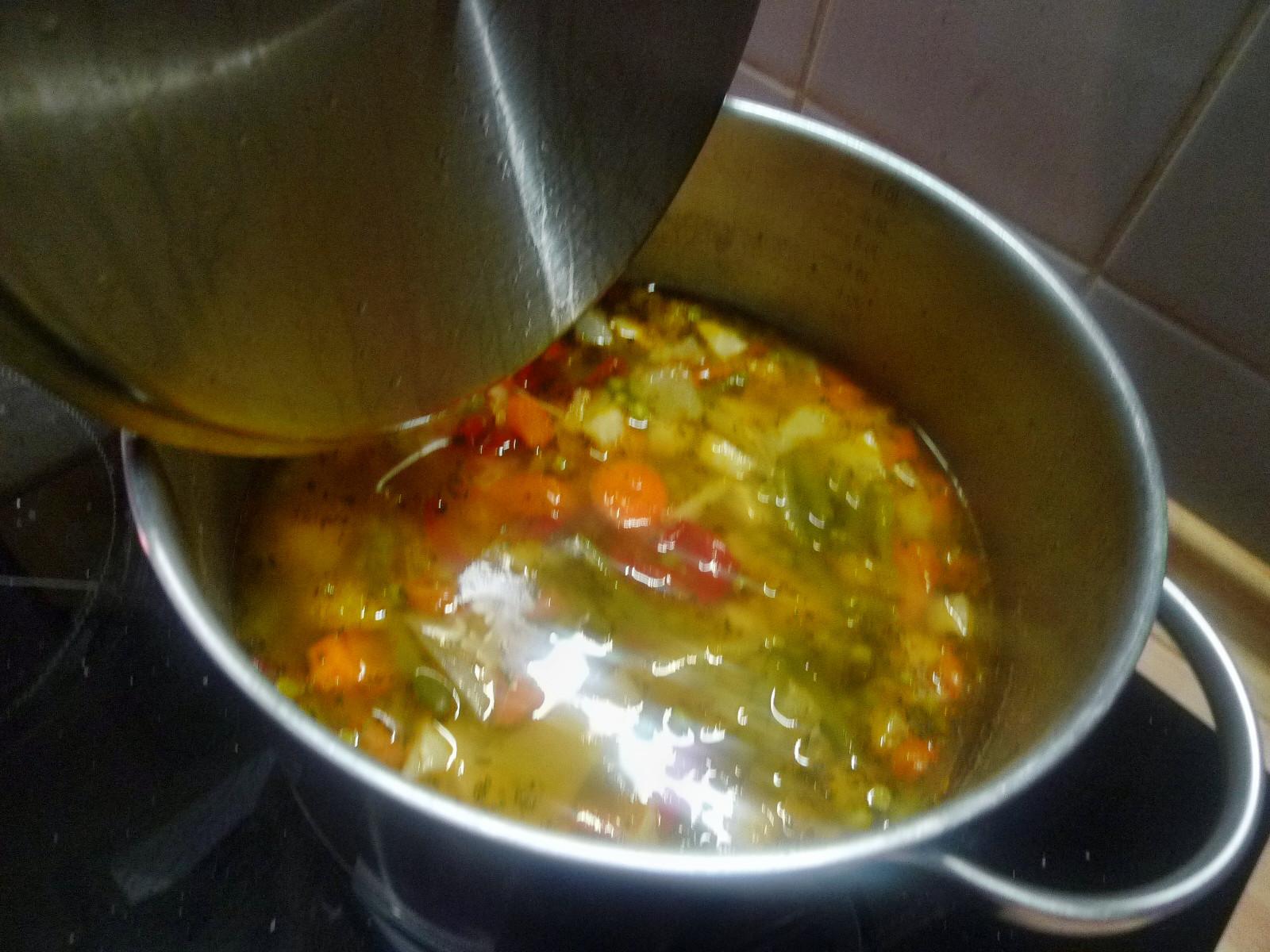 Gemüsesuppe -28.11.14 (13)