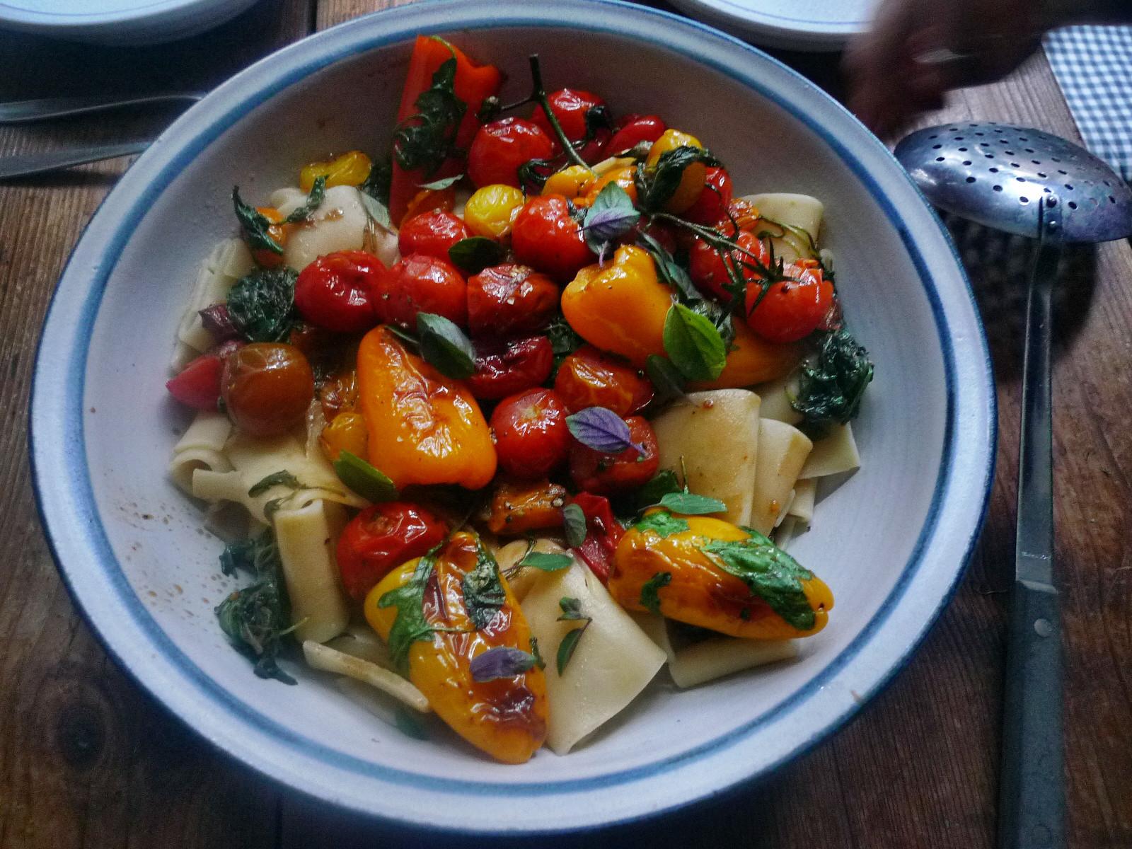 Nudeln mit Olivenpesto und Minigemüse - 21.11.14  (10)