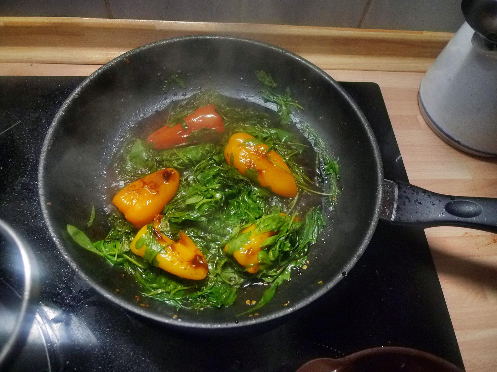 Nudeln mit Olivenpesto und Minigemüse - 21.11.14  (7)