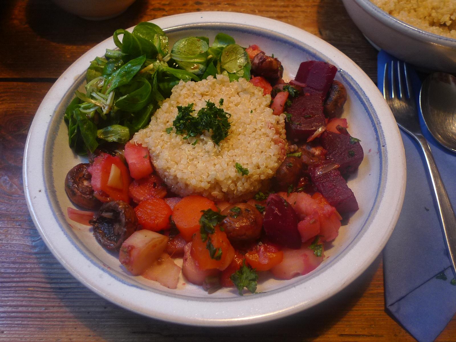 Wurzelgemüse-Quinoa-Feldsalat - 22.11.14   (15)