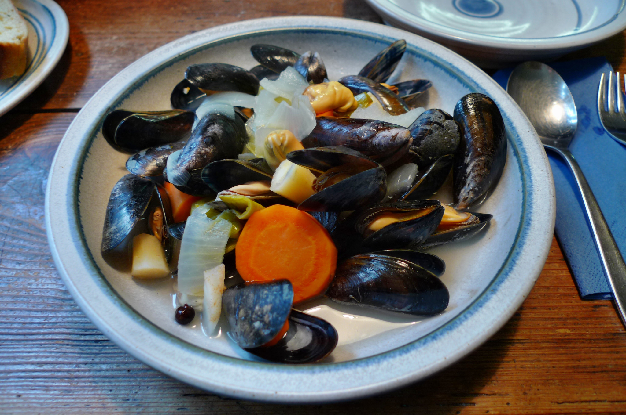 Muscheln,Salate,Weißbrot-12.12.14 (20)