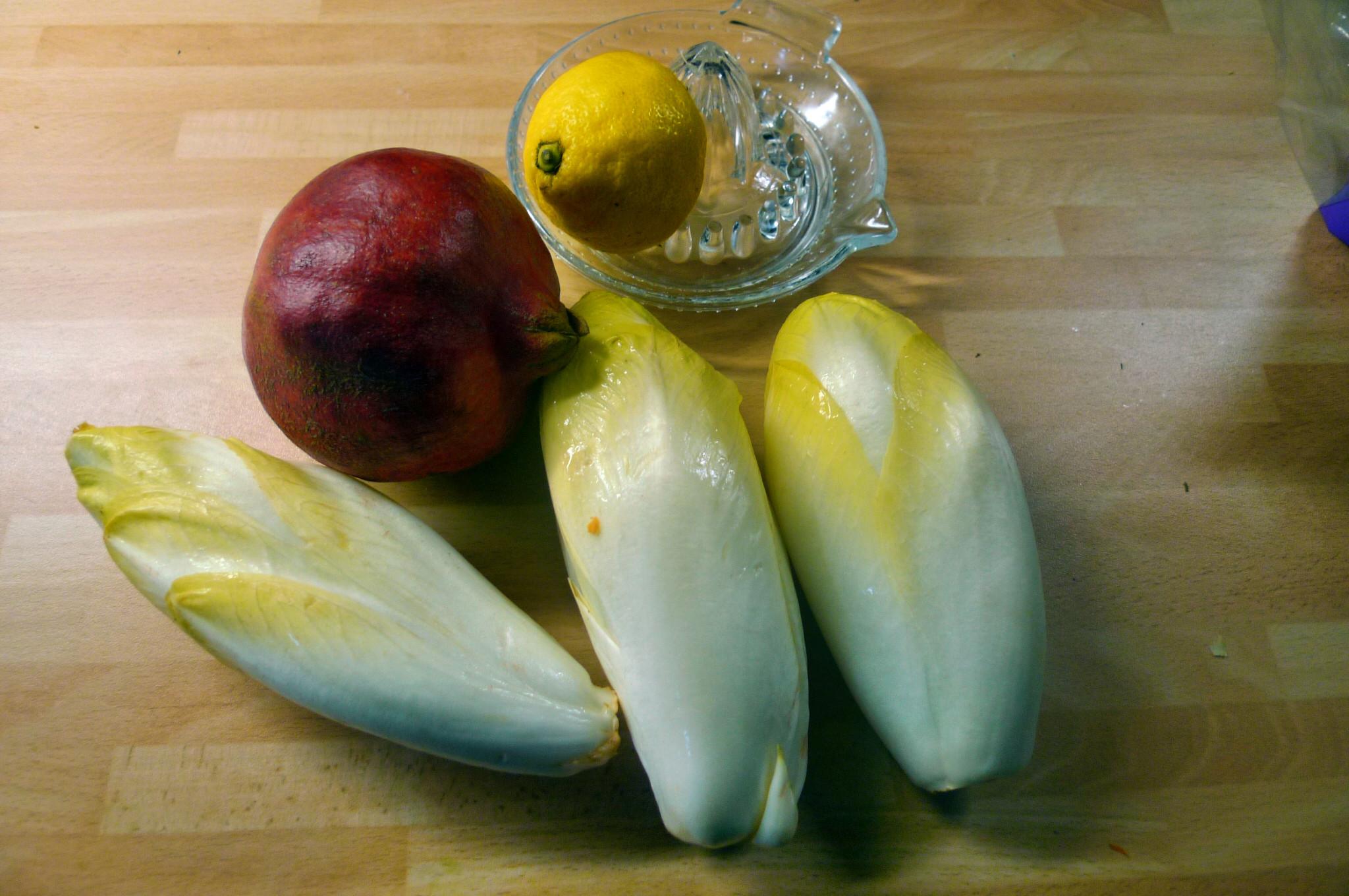 Süßkartoffelgratin,Chicoreesalat,pochierte Eier - 17.12.14   (6)
