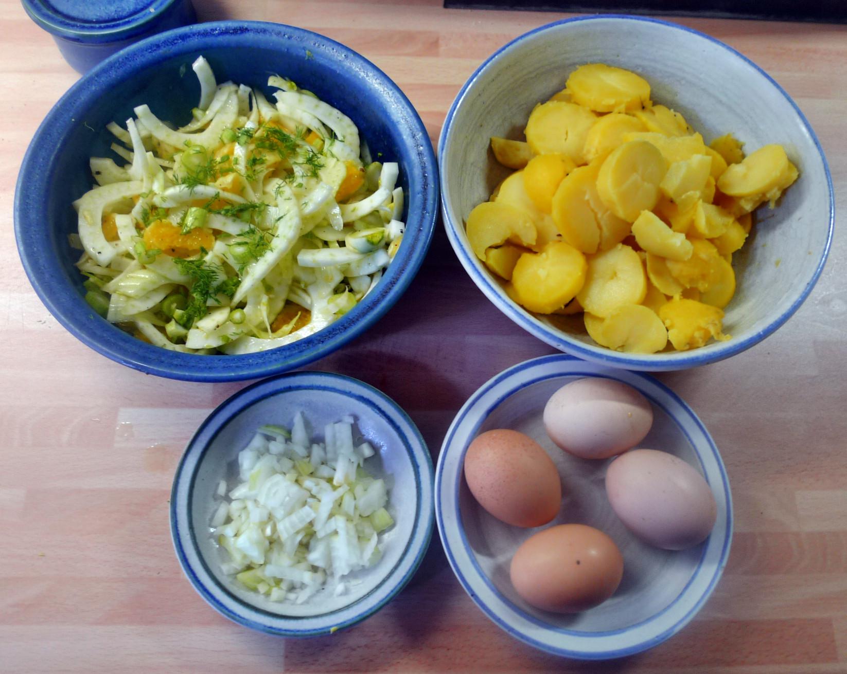 Bratkartoffel,Spiegelei,Fenchelsalat - 24.2.15   (3)