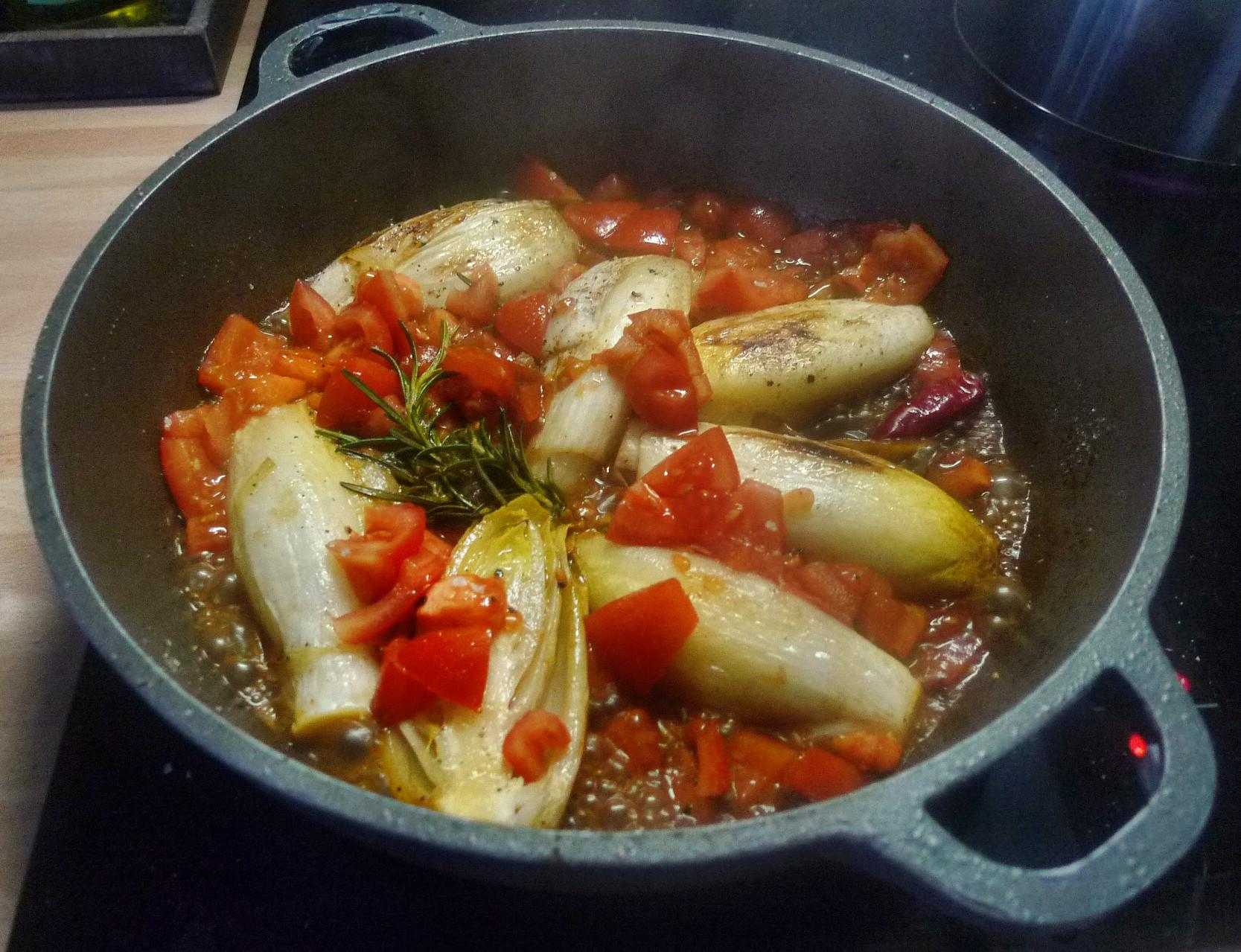 Chicoree,Salzkartoffeln,Pflaumenkompott,vegetarisch - 28.2.15   (8)