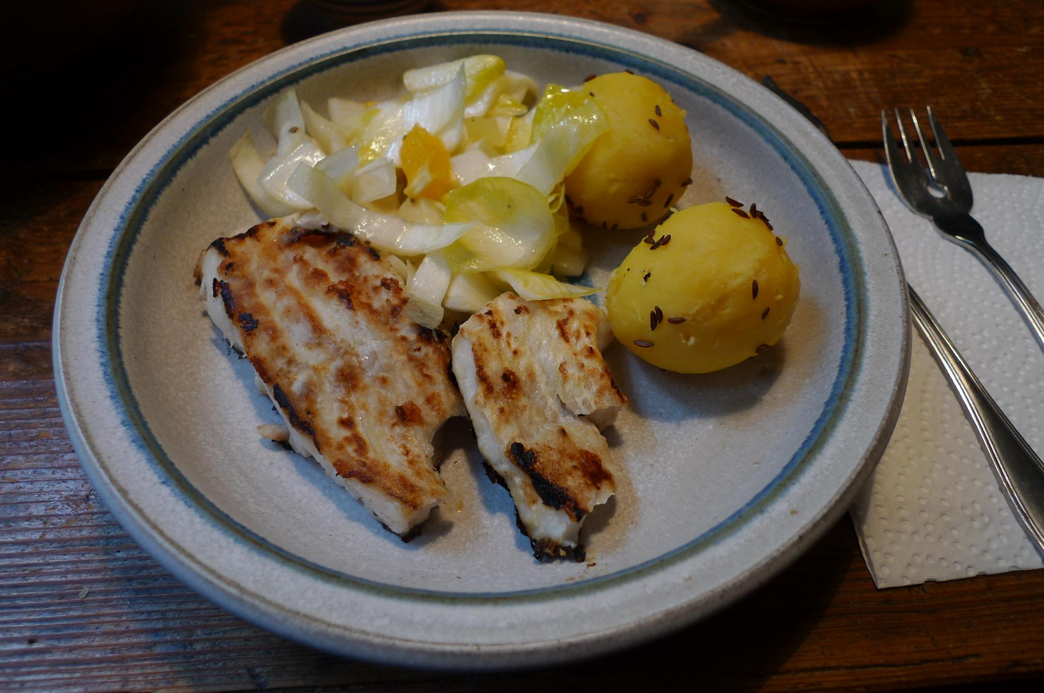 Kabeljau,Chicoreesalat,Kartoffeln,Quarkspeise - 17.2.15   (1)