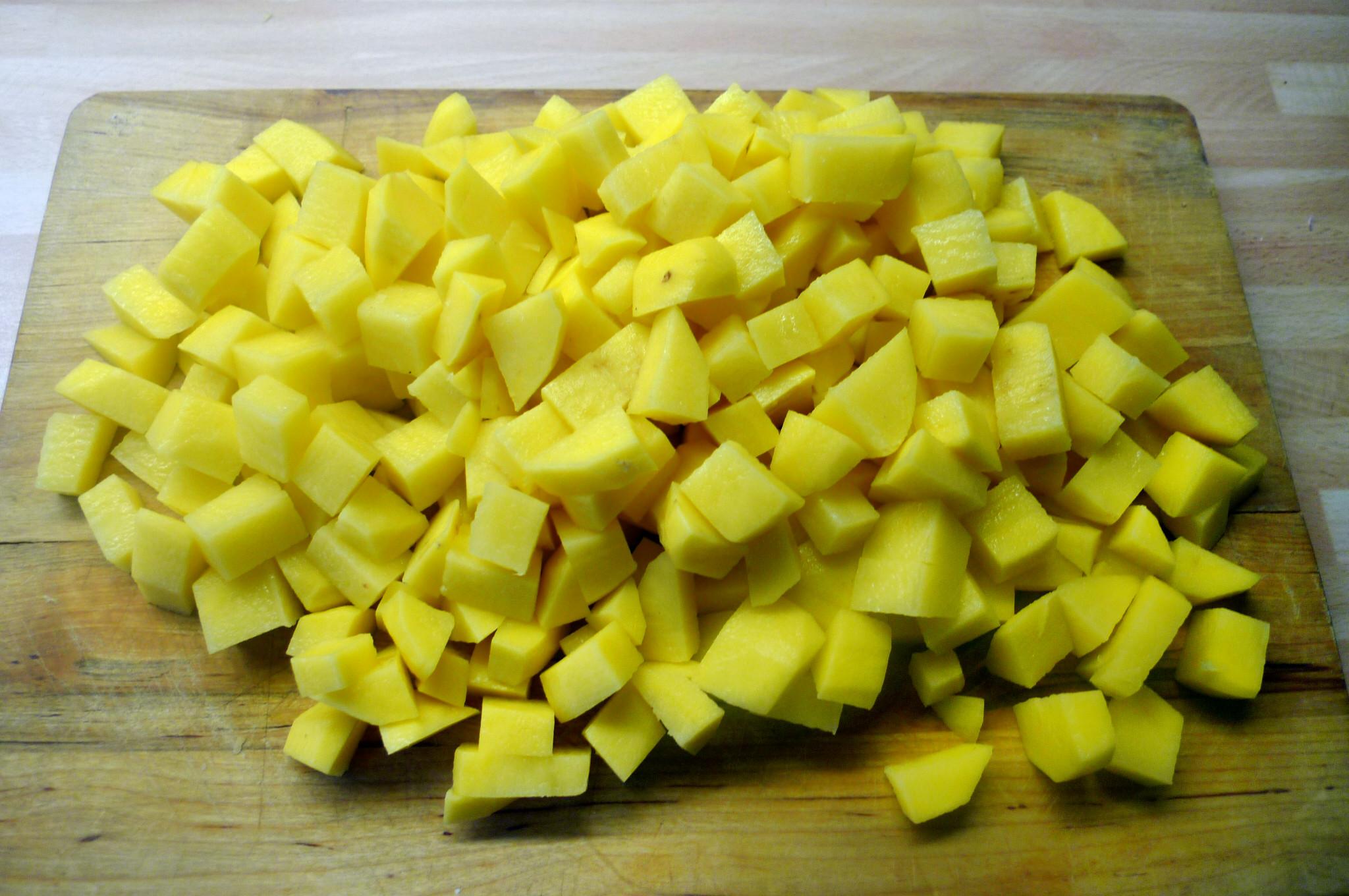 Roh gebratene Kartoffeln,Kräutersaitlinge,Champignon,Römersalat - 26.2.15   (2)