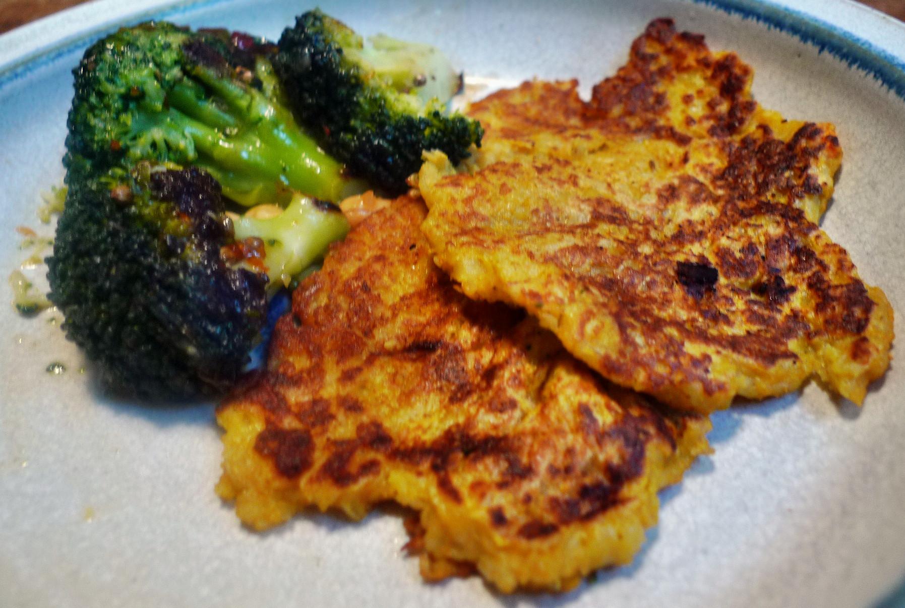 Kartoffel-Möhrenpuffer,Brokkoli - 15.3.15   (15a)