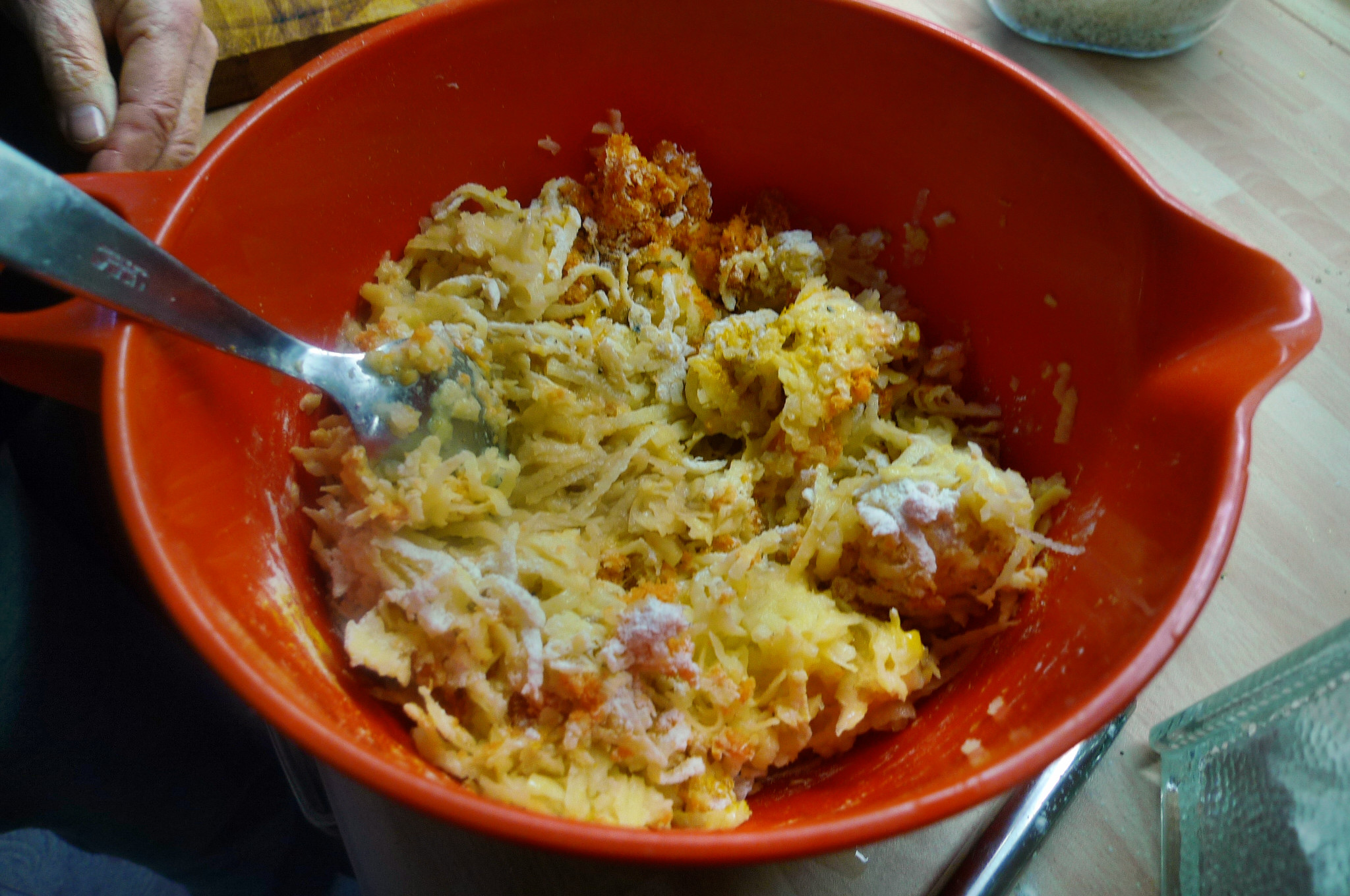 Kartoffel-Möhrenpuffer,Brokkoli - 15.3.15   (4)