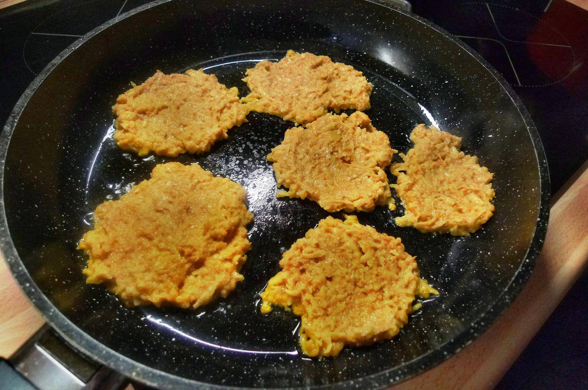 Kartoffel-Möhrenpuffer,Brokkoli - 15.3.15   (5)
