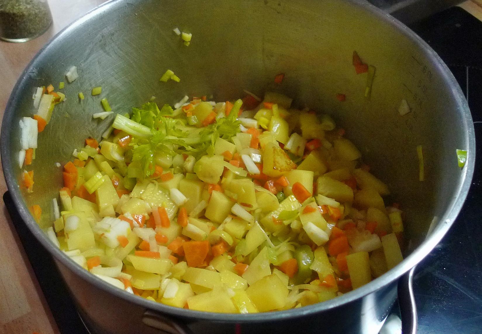 Kartoffelsuppe -19.3.15   (4)