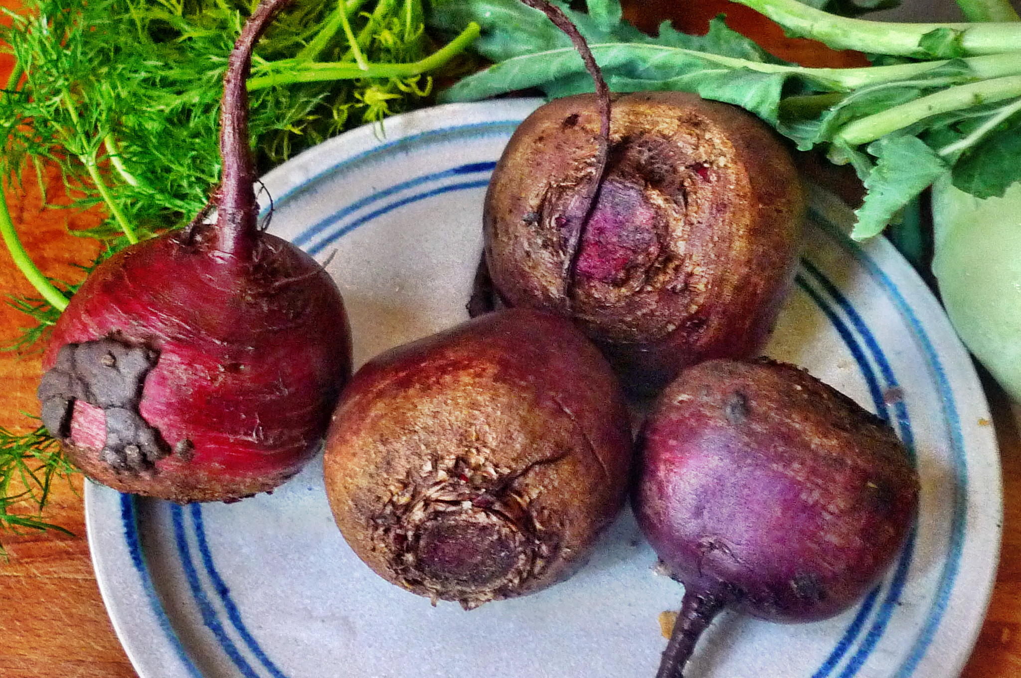 Rote betegemüse,gebratener Reis,Joghurtdip,Kohlrabisalat - 27.3.15   (2)