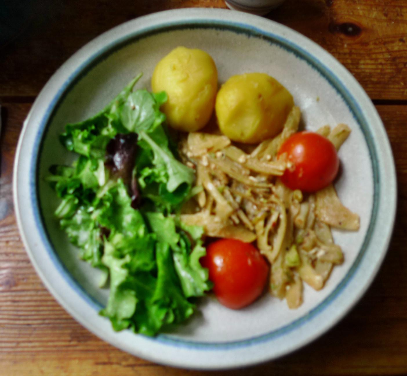 Fenchelgemüse,Kartoffeln,Salat -8..15   (11)