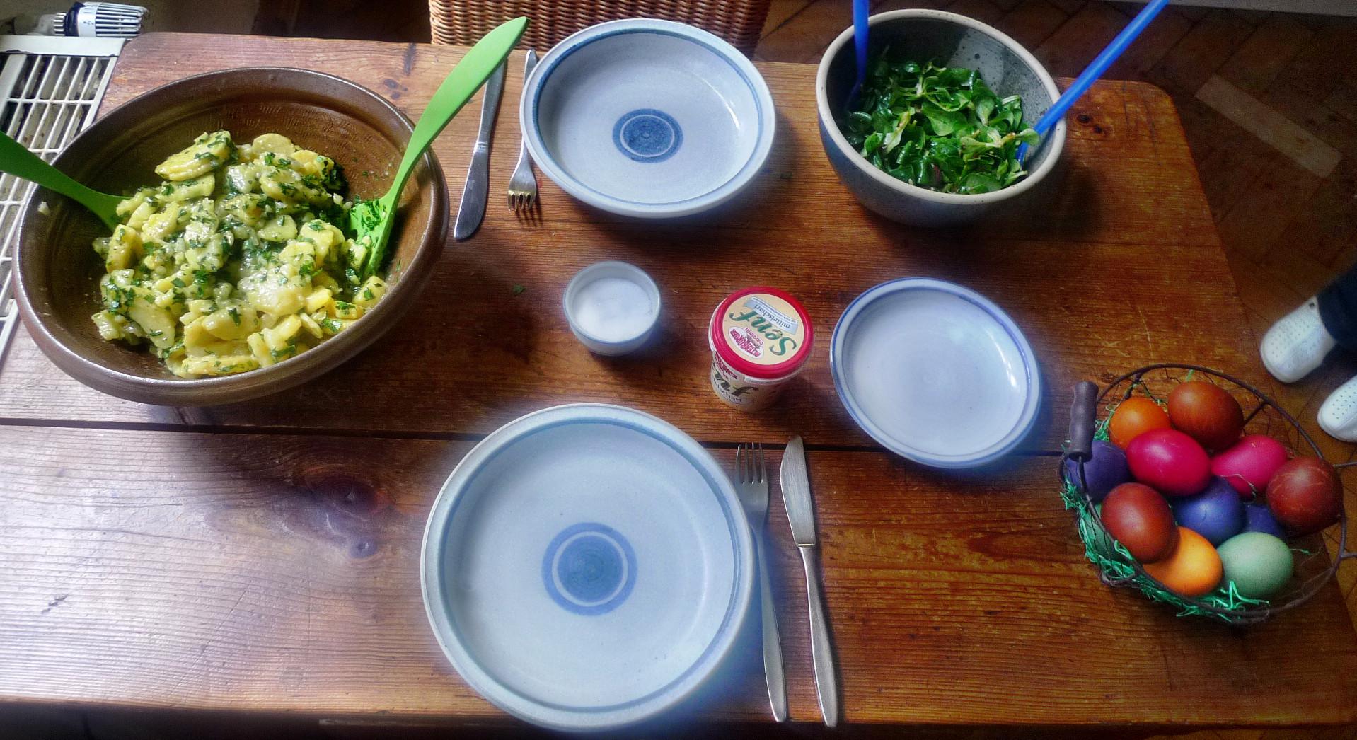 Kartoffelsalat mit Bärlauch,Feldsalat,Ostereier - 6.4.15   (4)