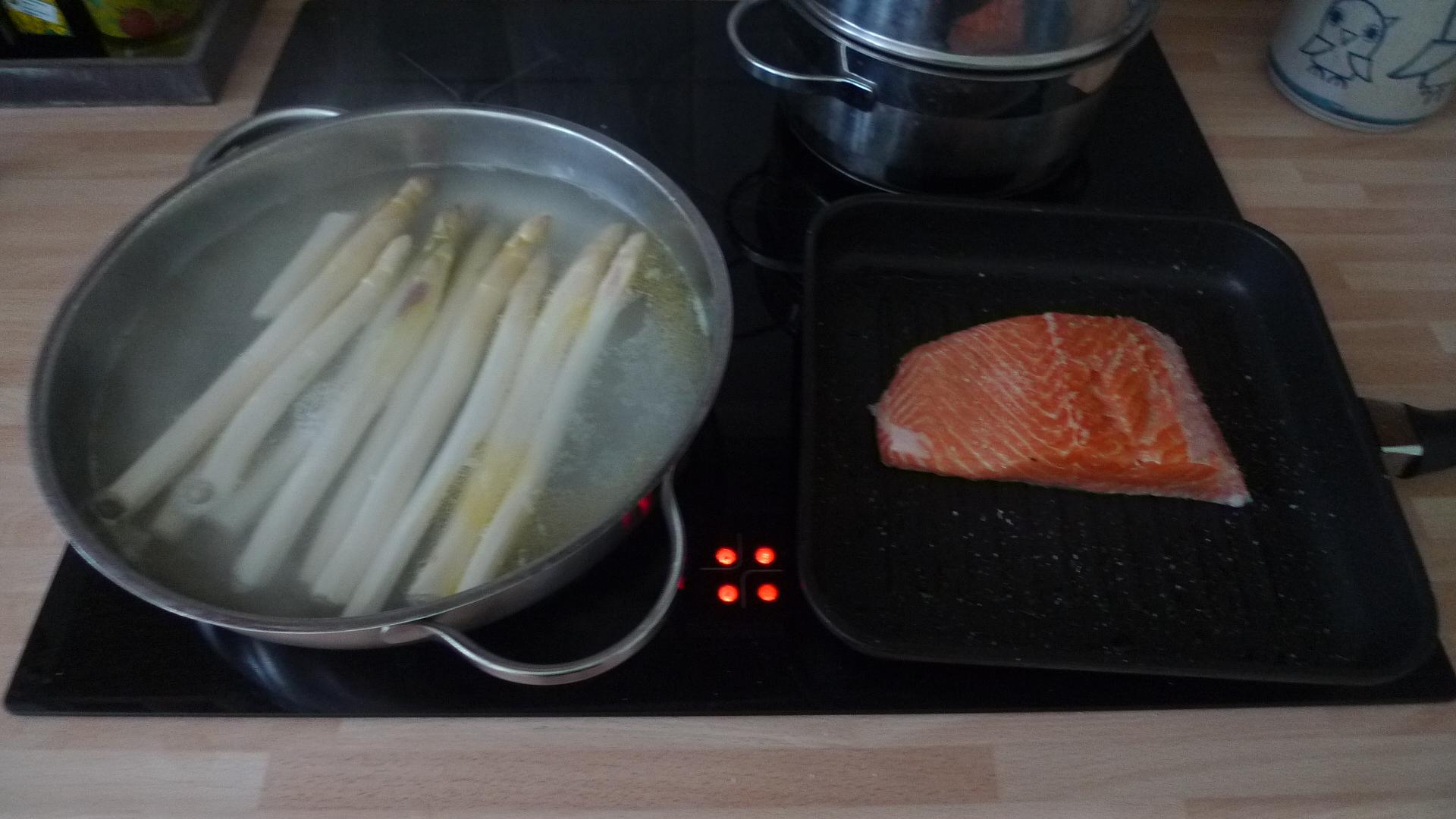 Lachs,Spargel,Salat,Kartoffeln - 25.4.15   (2)