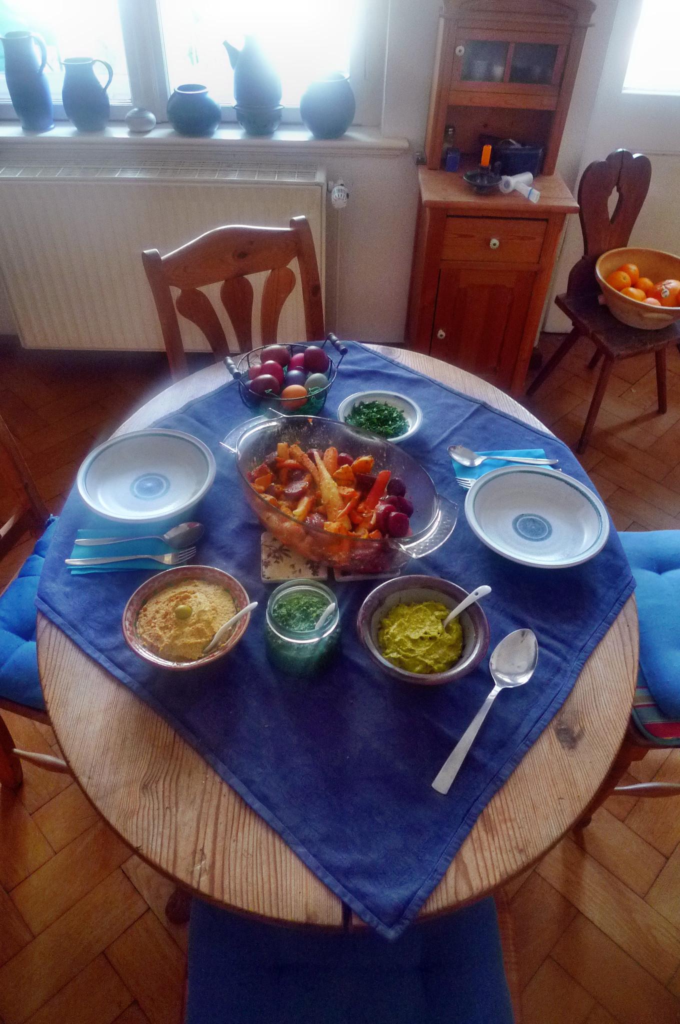 Ofengebackenes Würzelgemüse,Hummus,Guacamole -5.4.15   (10)