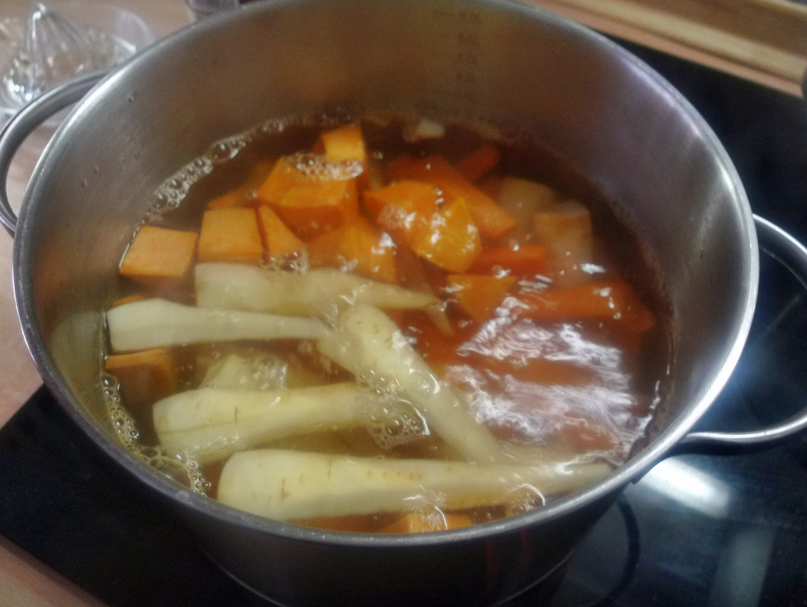 Ofengebackenes Würzelgemüse,Hummus,Guacamole -5.4.15   (5)