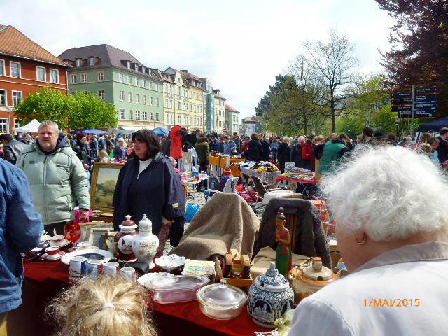 Flohmarkt -1.5.15   (15)