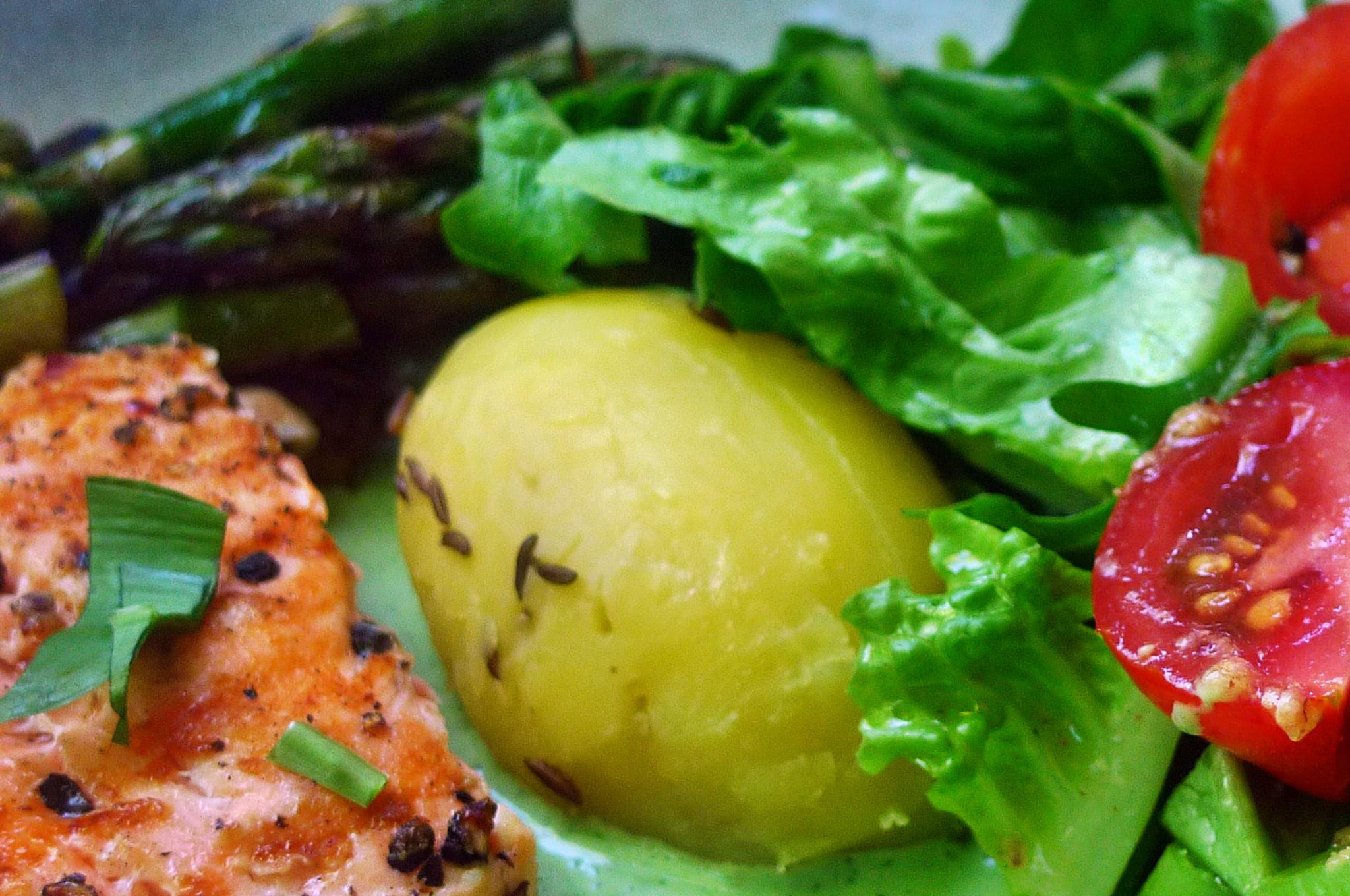 Lachs,Spargel,Dip,Salat,Kartoffel -10.5.15   (15)