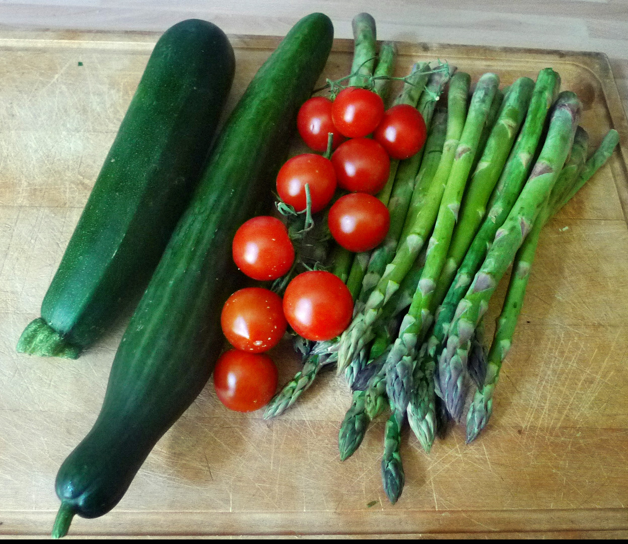 Spargel,Zucchini,Tomate,Gurkensalat,Kartoffeln -3.5.15   (1)
