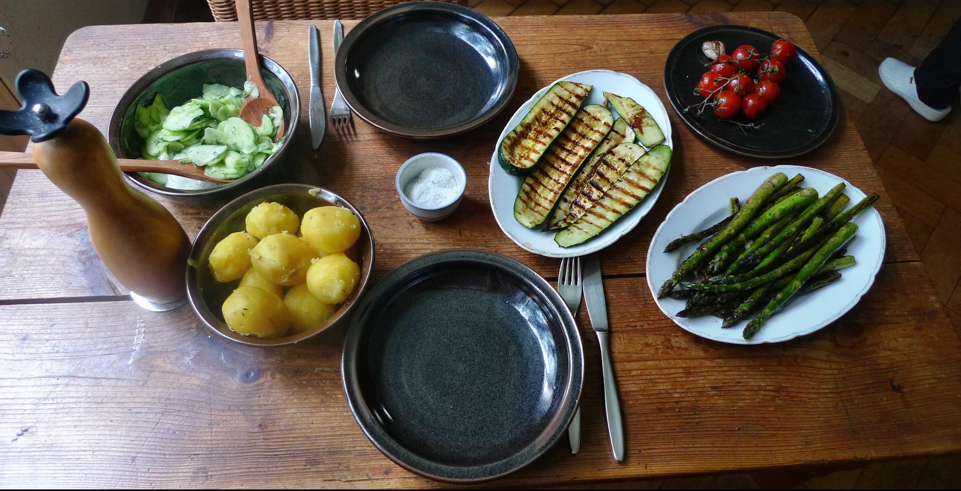 Spargel,Zucchini,Tomate,Gurkensalat,Kartoffeln -3.5.15   (8)