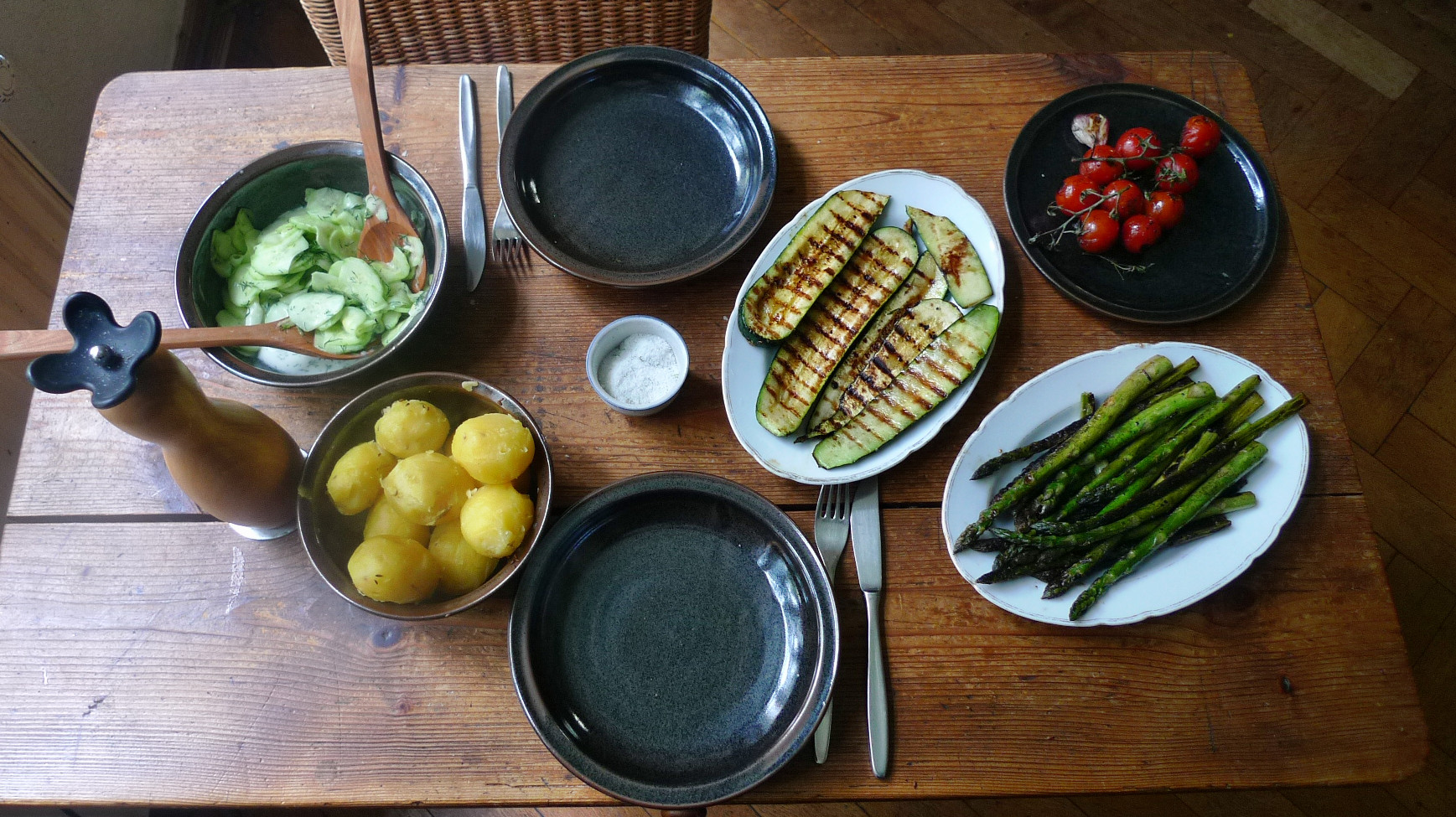 Spargel,Zucchini,Tomate,Gurkensalat,Kartoffeln -3.5.15   (9)