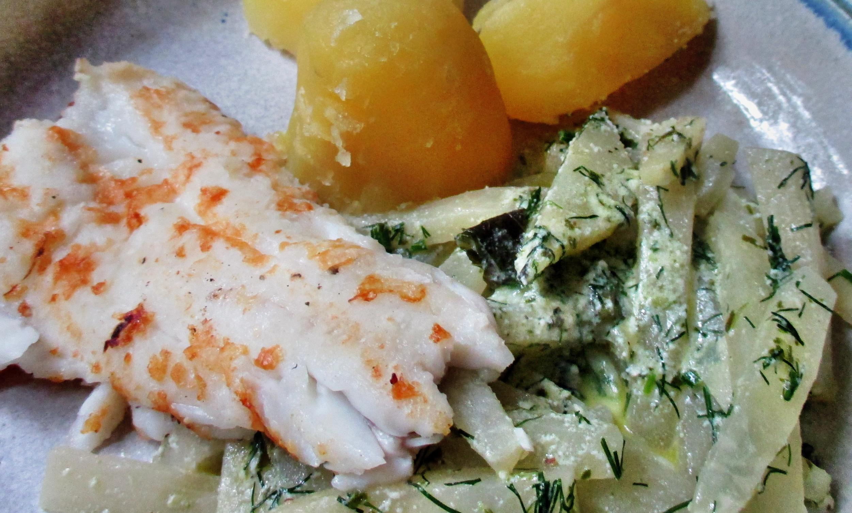 Kabeljau,Kohlrabigemüse,Salzkartoffeln,Salat -9.6.15   (12)