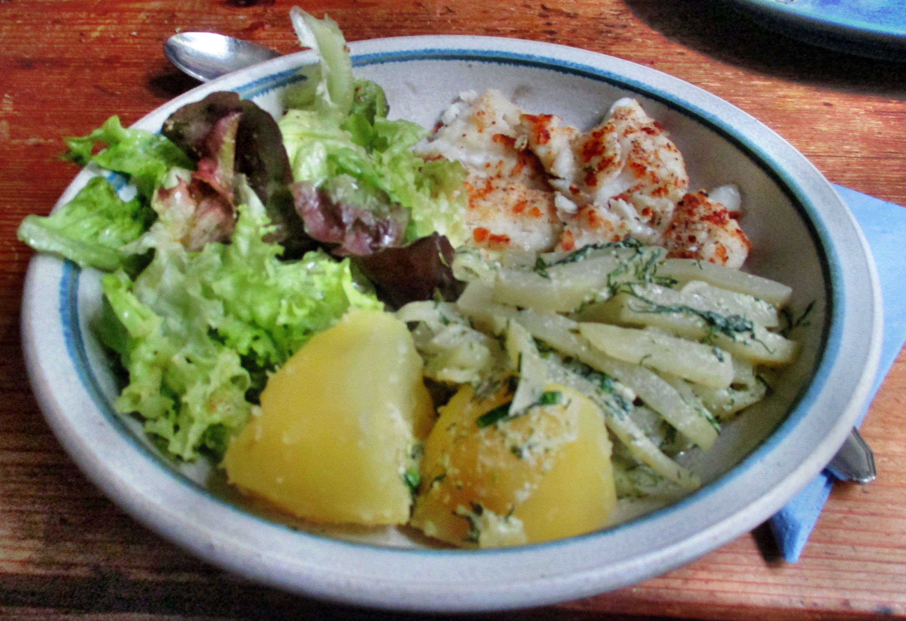 Kabeljau,Kohlrabigemüse,Salzkartoffeln,Salat -9.6.15   (13)