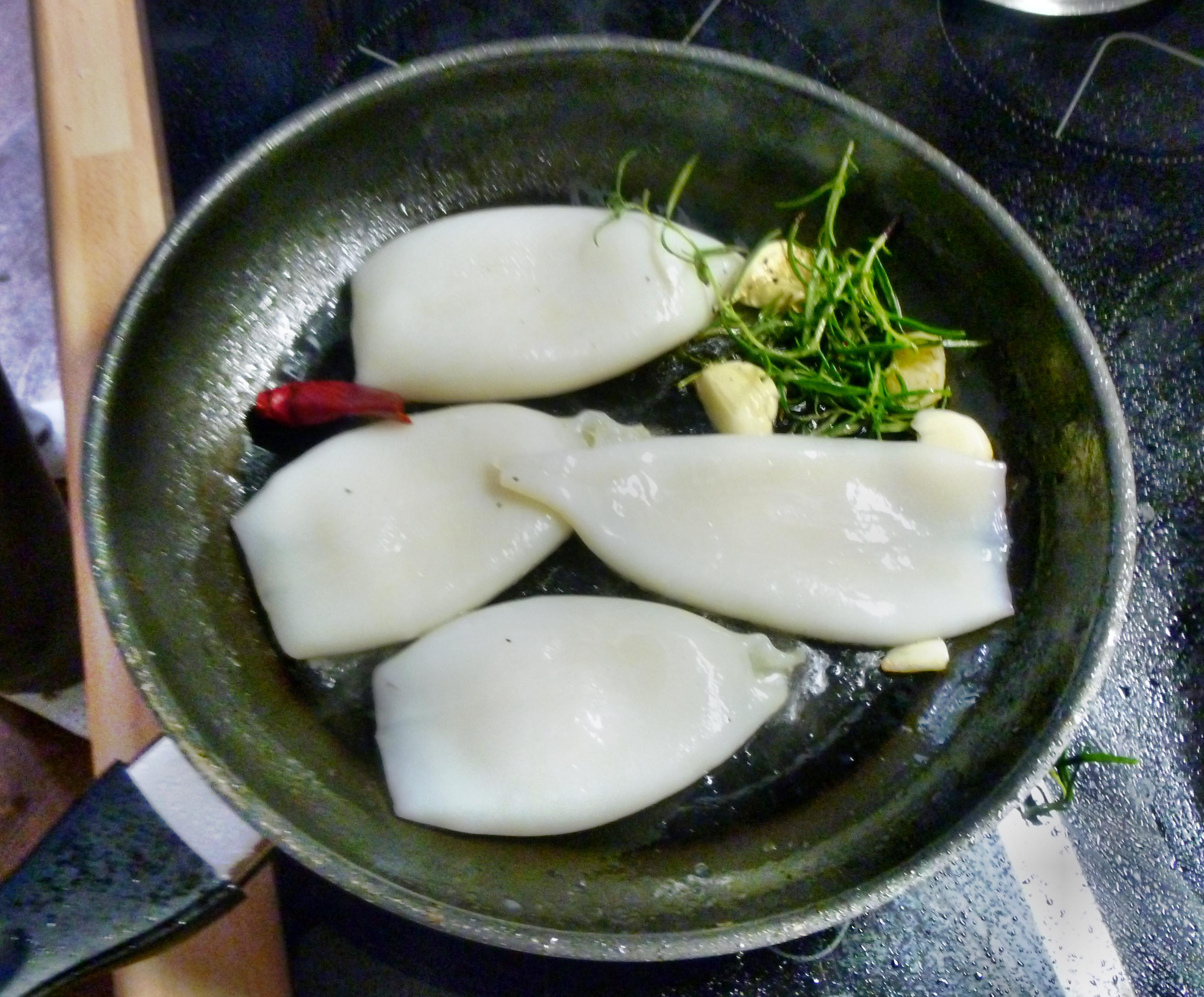 Tintenfisch Tuben,Reis,Tomatensalat,Melone -18.7.15   (1a)