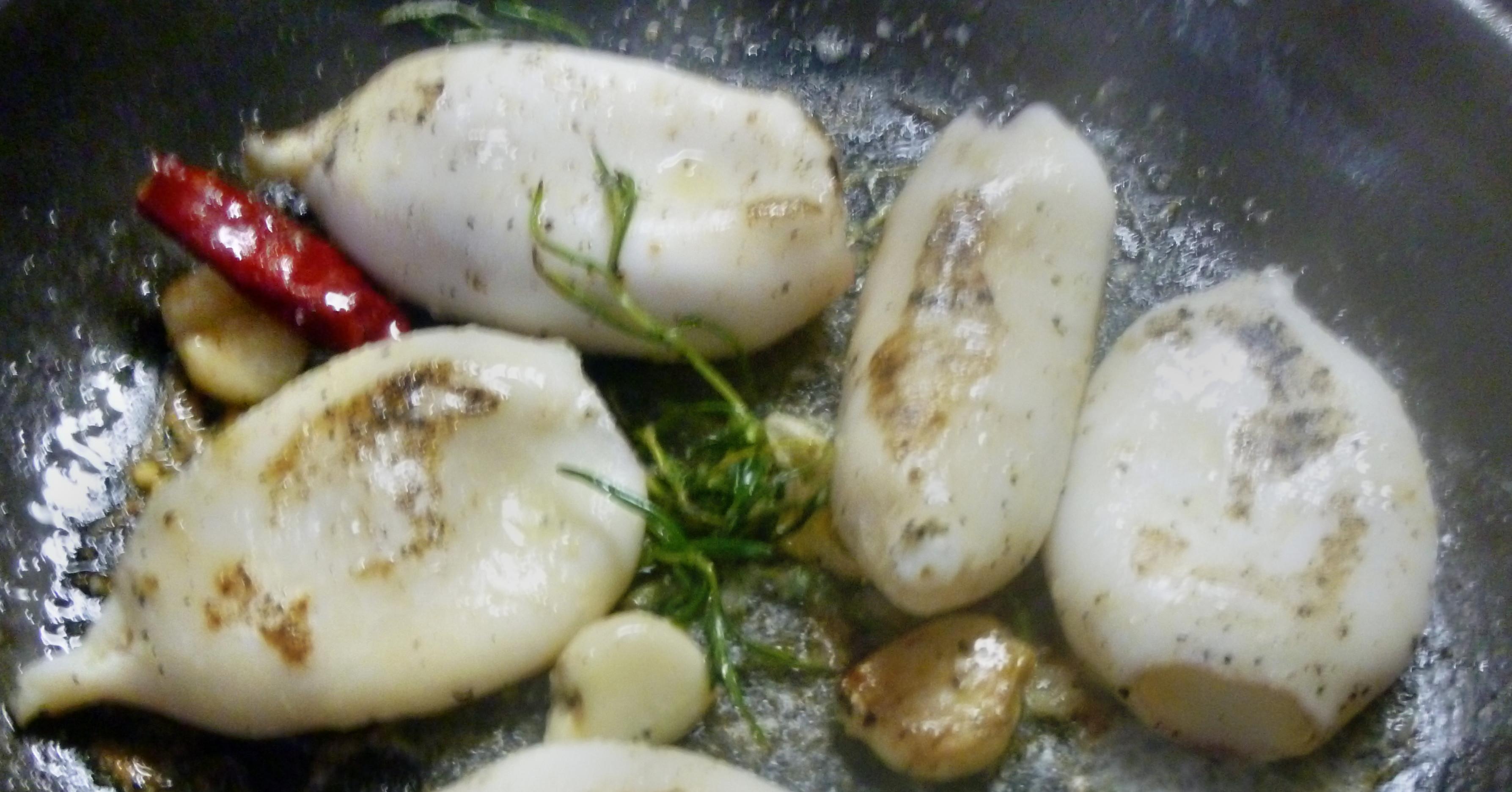 Tintenfisch Tuben,Reis,Tomatensalat,Melone -18.7.15   (5)